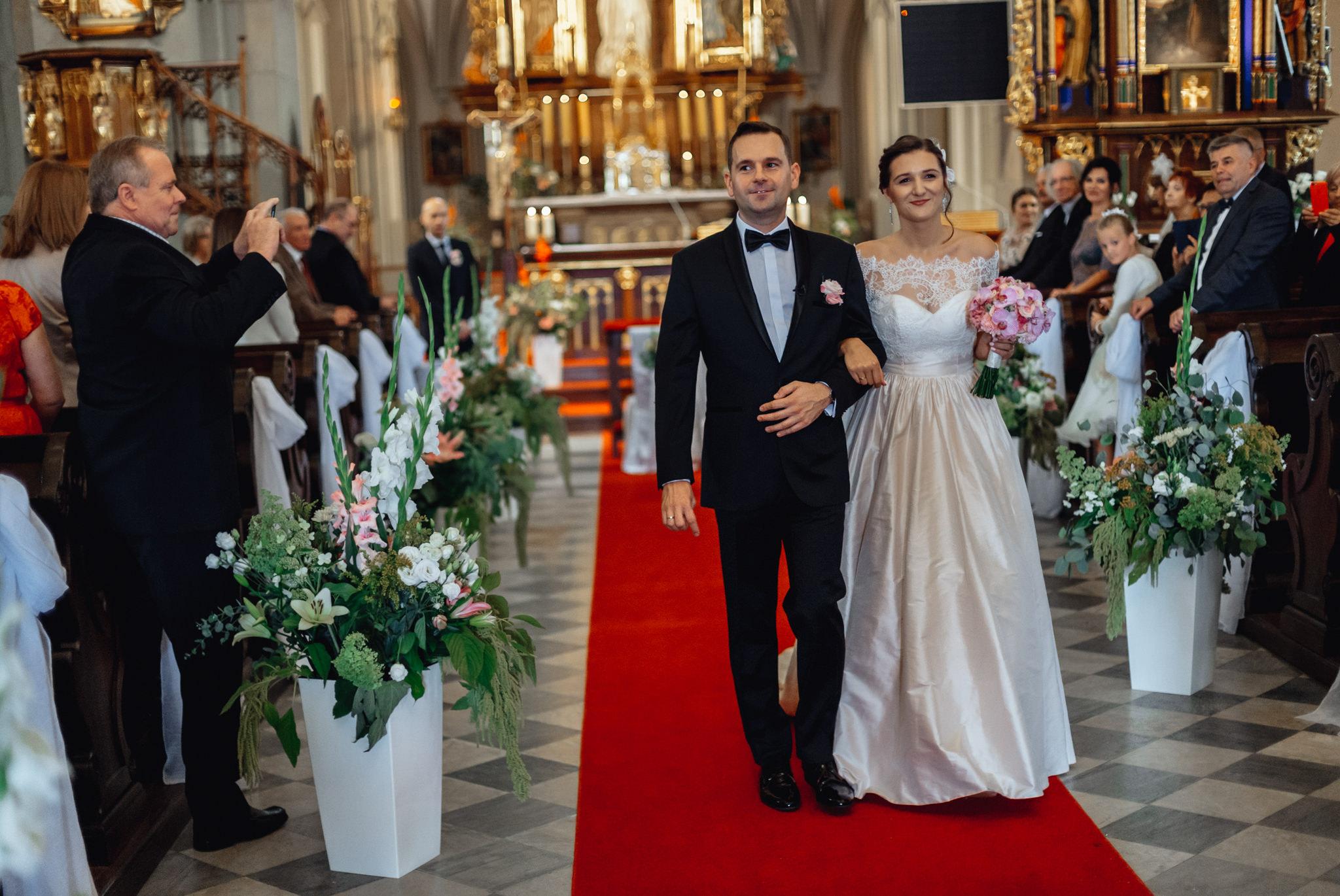 Wyjątkowe przyjęcie ślubne | XIX-wieczny Dwór w Tomaszowicach 38