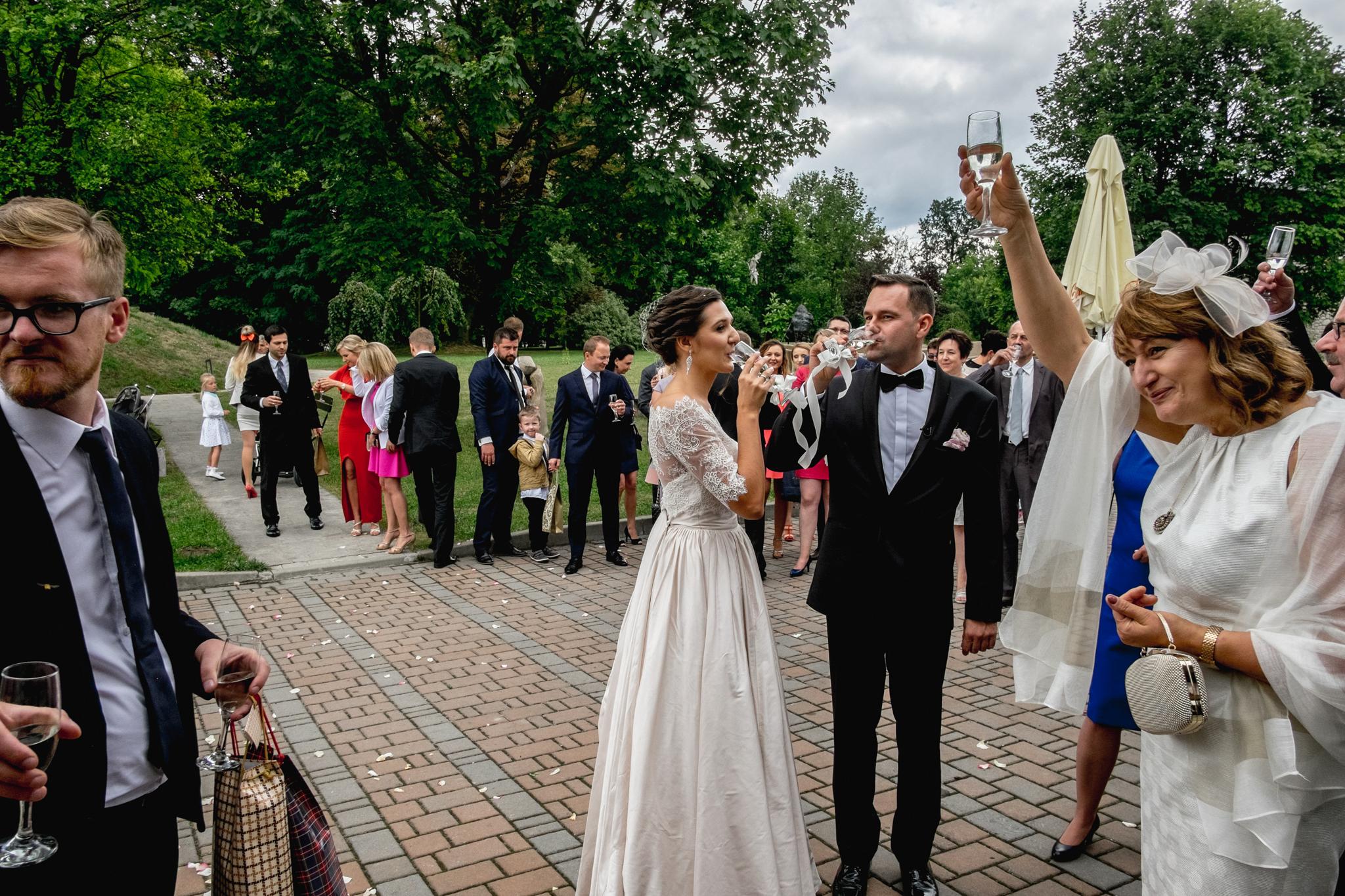 Wyjątkowe przyjęcie ślubne | XIX-wieczny Dwór w Tomaszowicach 54