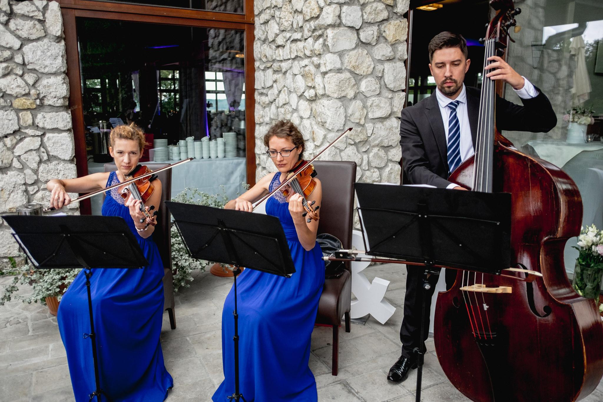 Wyjątkowe przyjęcie ślubne | XIX-wieczny Dwór w Tomaszowicach 55