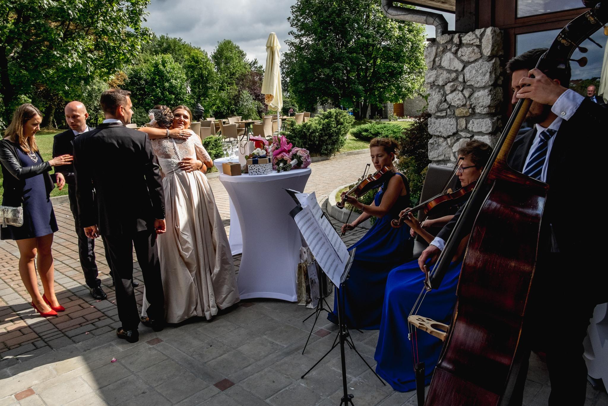 Wyjątkowe przyjęcie ślubne | XIX-wieczny Dwór w Tomaszowicach 65