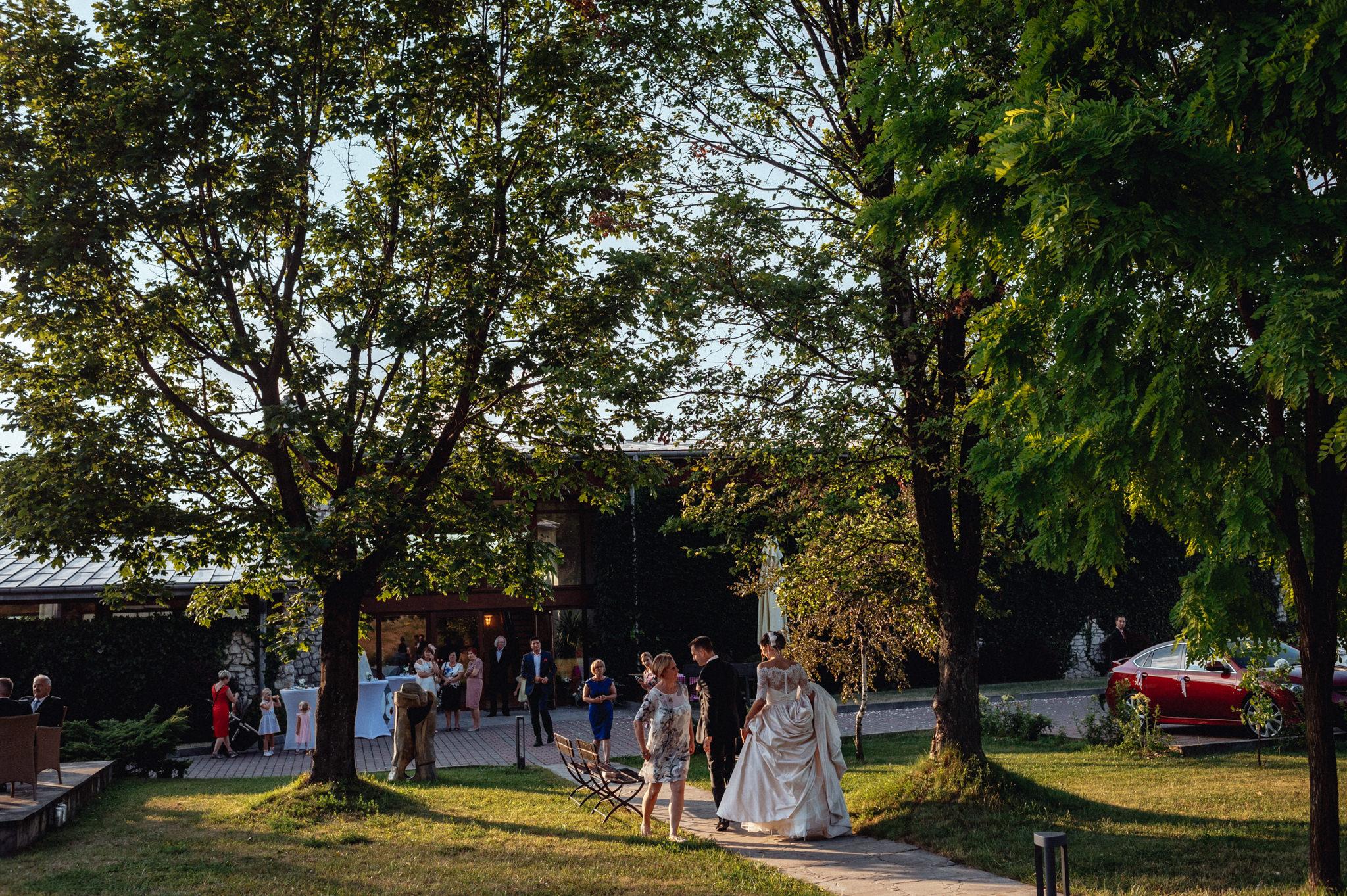 Wyjątkowe przyjęcie ślubne | XIX-wieczny Dwór w Tomaszowicach 79