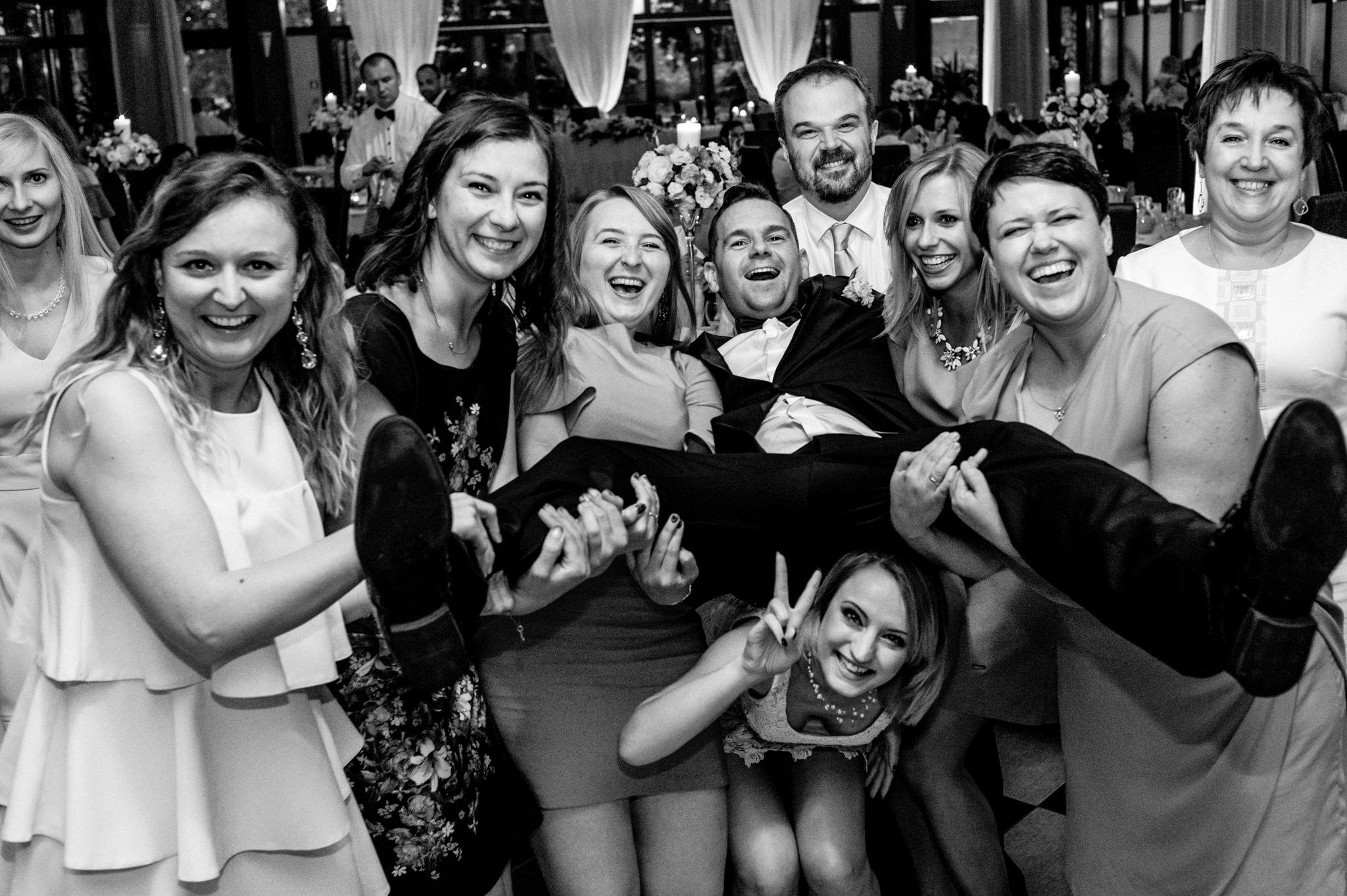 Wyjątkowe przyjęcie ślubne | XIX-wieczny Dwór w Tomaszowicach 105