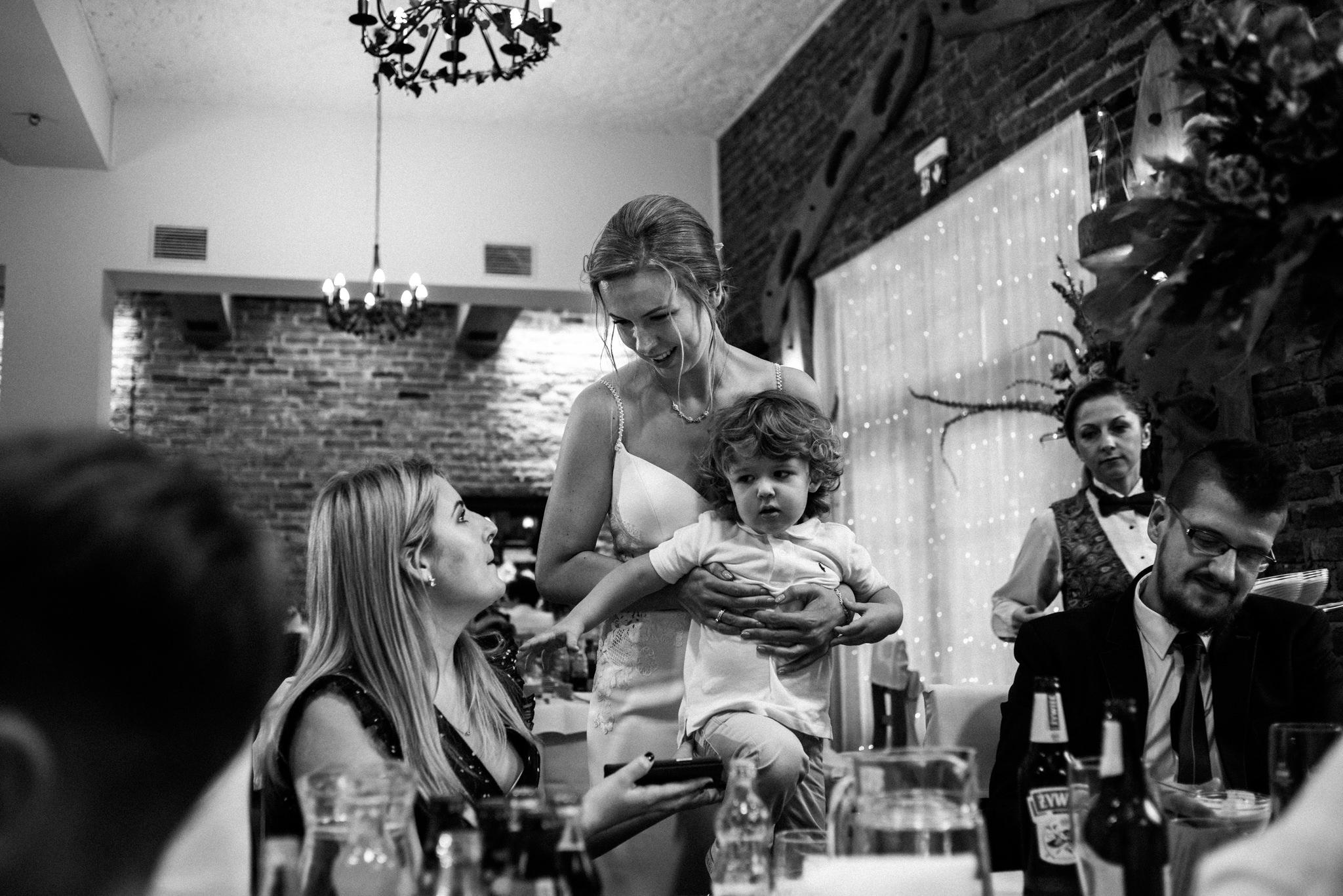 Przyjęcie Karoliny i Alana | Jaś Wędrowniczek w Rymanowie | Praca w duecie 85