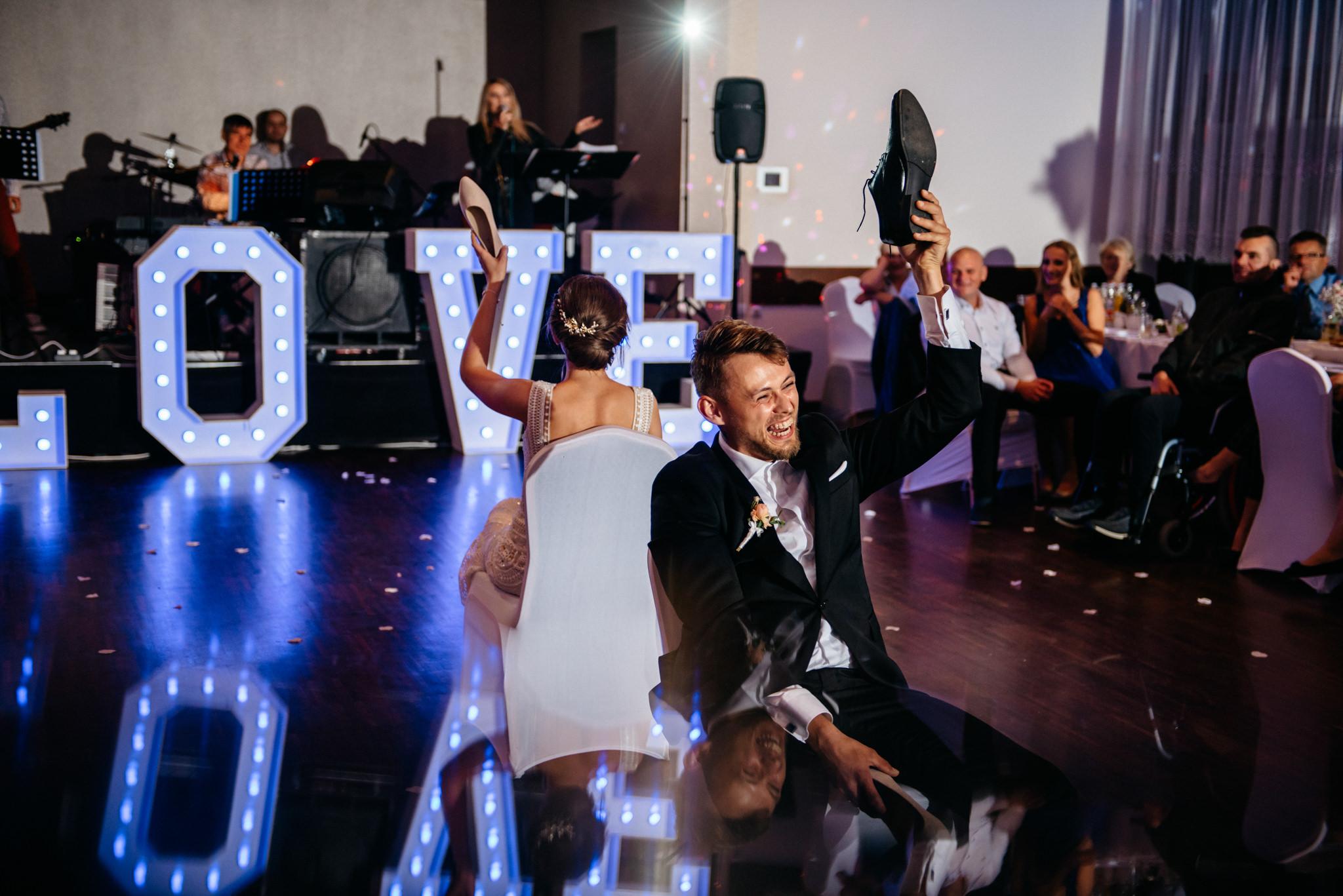 Iza i Dawid | Stylowy ślub z niesamowitą energią 95