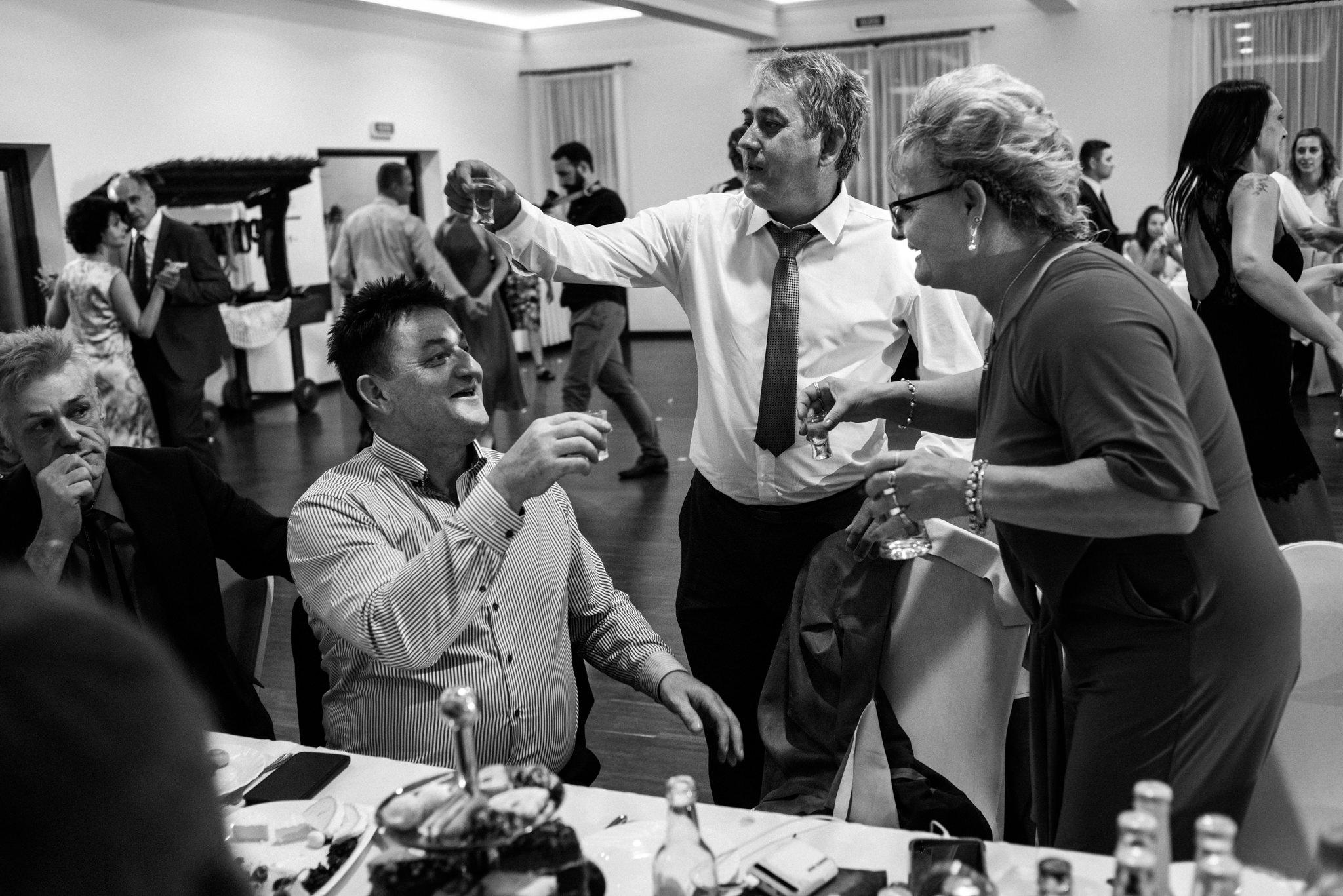 Iza i Dawid | Stylowy ślub z niesamowitą energią 99