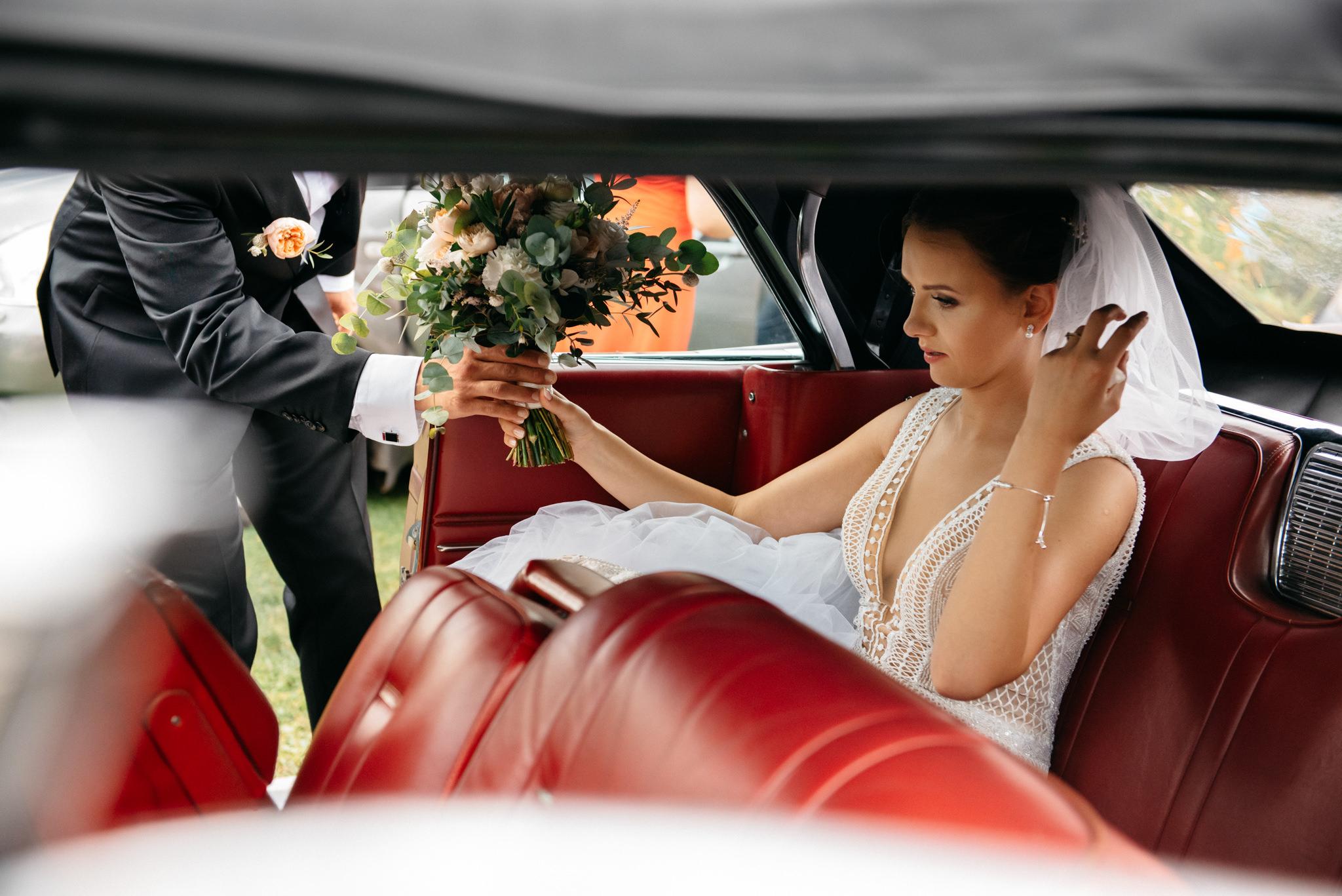 Iza i Dawid | Stylowy ślub z niesamowitą energią 22