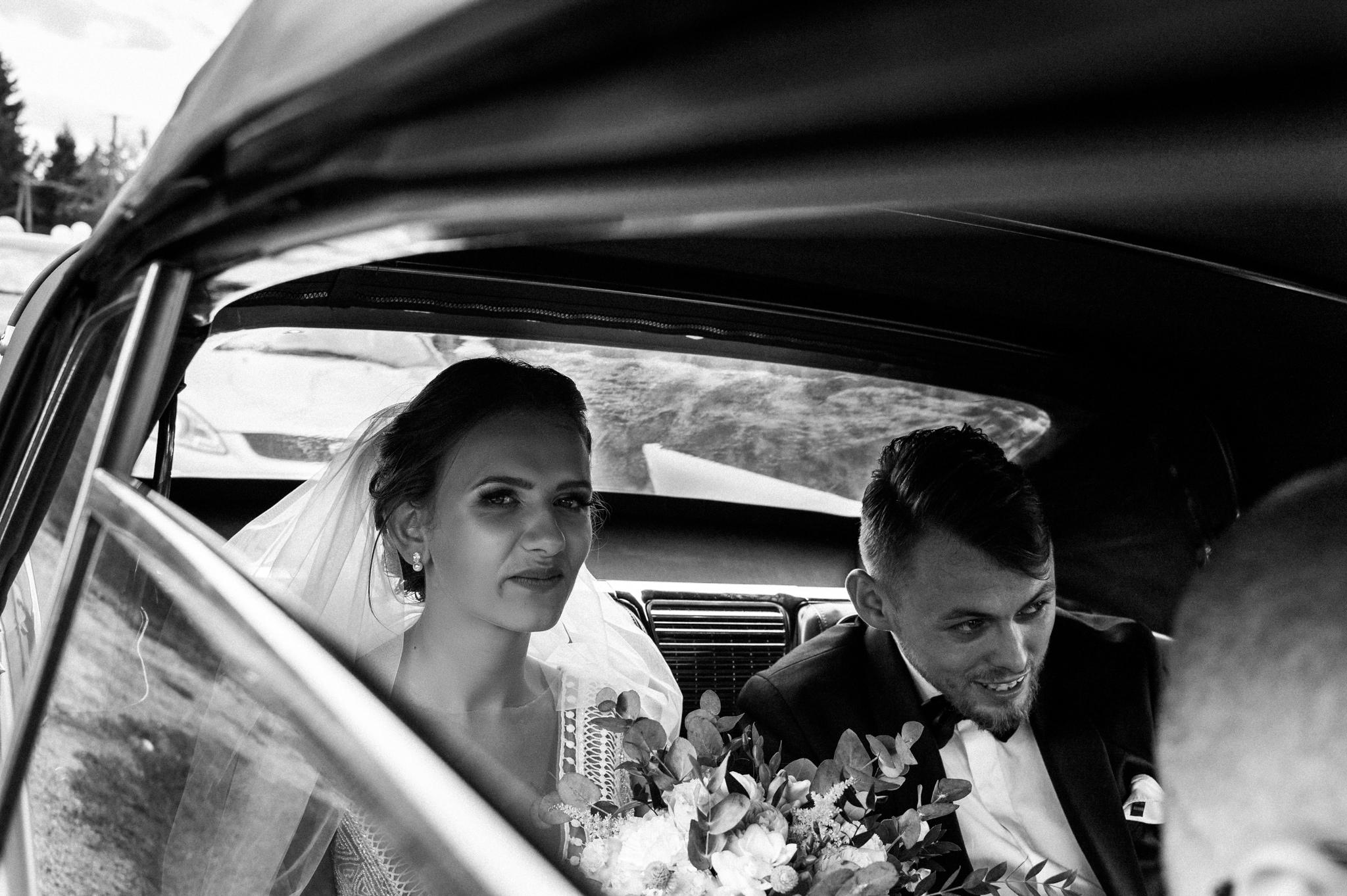Iza i Dawid | Stylowy ślub z niesamowitą energią 27