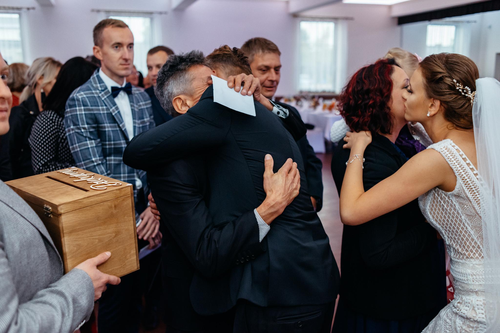 Iza i Dawid | Stylowy ślub z niesamowitą energią 64