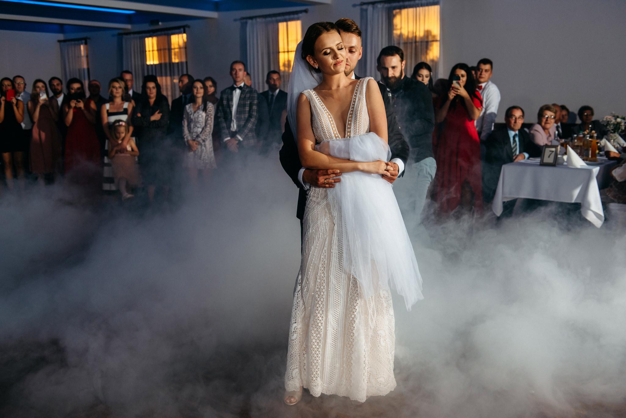 Iza i Dawid | Stylowy ślub z niesamowitą energią 70