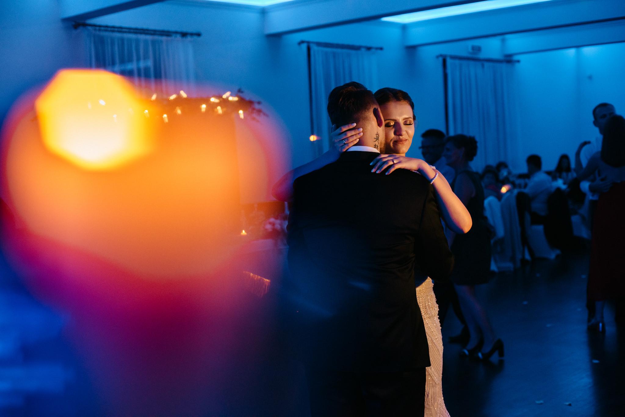 Iza i Dawid | Stylowy ślub z niesamowitą energią 83