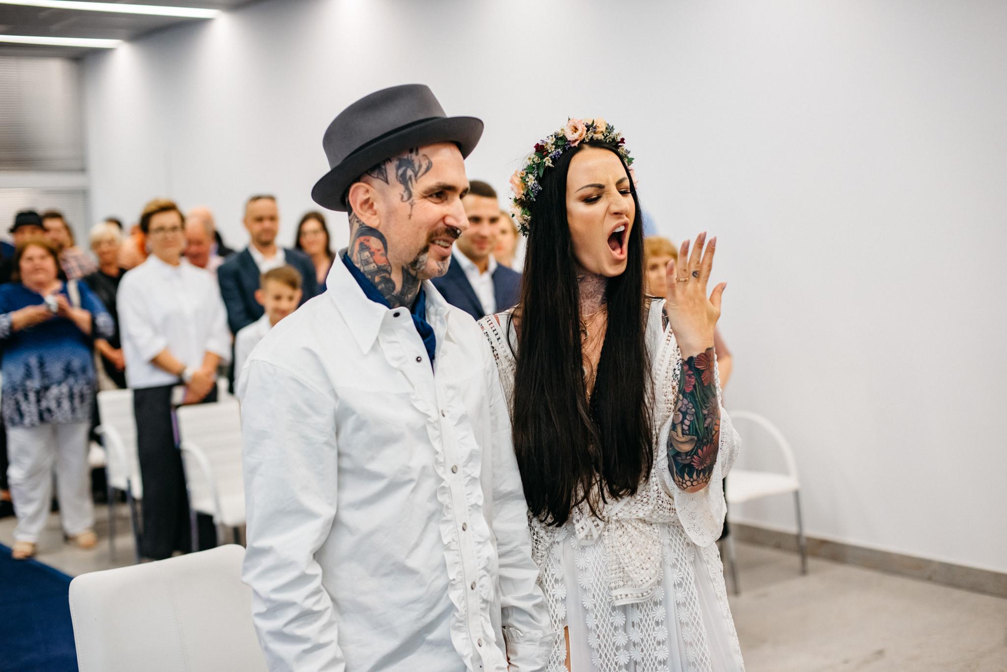 Szalony ślub Agaty i Dominika | Studio Mąka w Warszawie 45