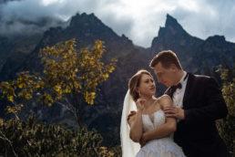 Urokliwa sesja ślubna Patrycji i Jakuba nad Morskim Okiem | Tatry 15