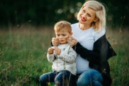 Zaskakujący pomysł na sesje rodzinną | spacer w Bieszczadach 4