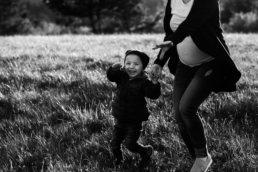 Zaskakujący pomysł na sesje rodzinną | spacer w Bieszczadach 8