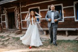 Słowiańska sesja ślubna | skansen w Sanoku 45