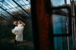 Sesja ślubna w opuszczonej szklarni | Ania i Maciek 3