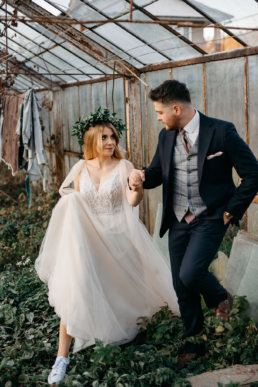Sesja ślubna w opuszczonej szklarni | Ania i Maciek 9