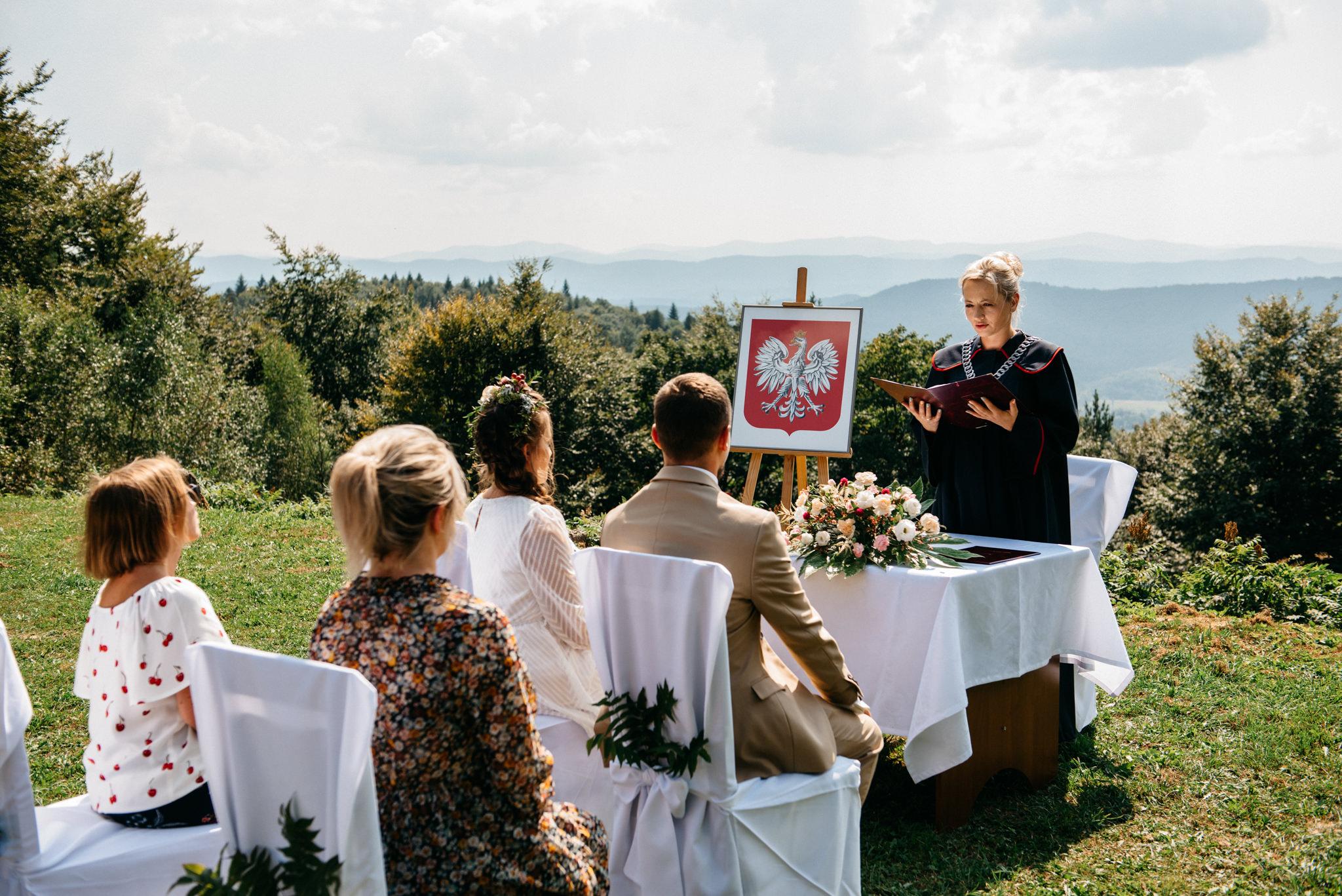 Plenerowy ślub w Bieszczadach | Karolina i Bartosz 21