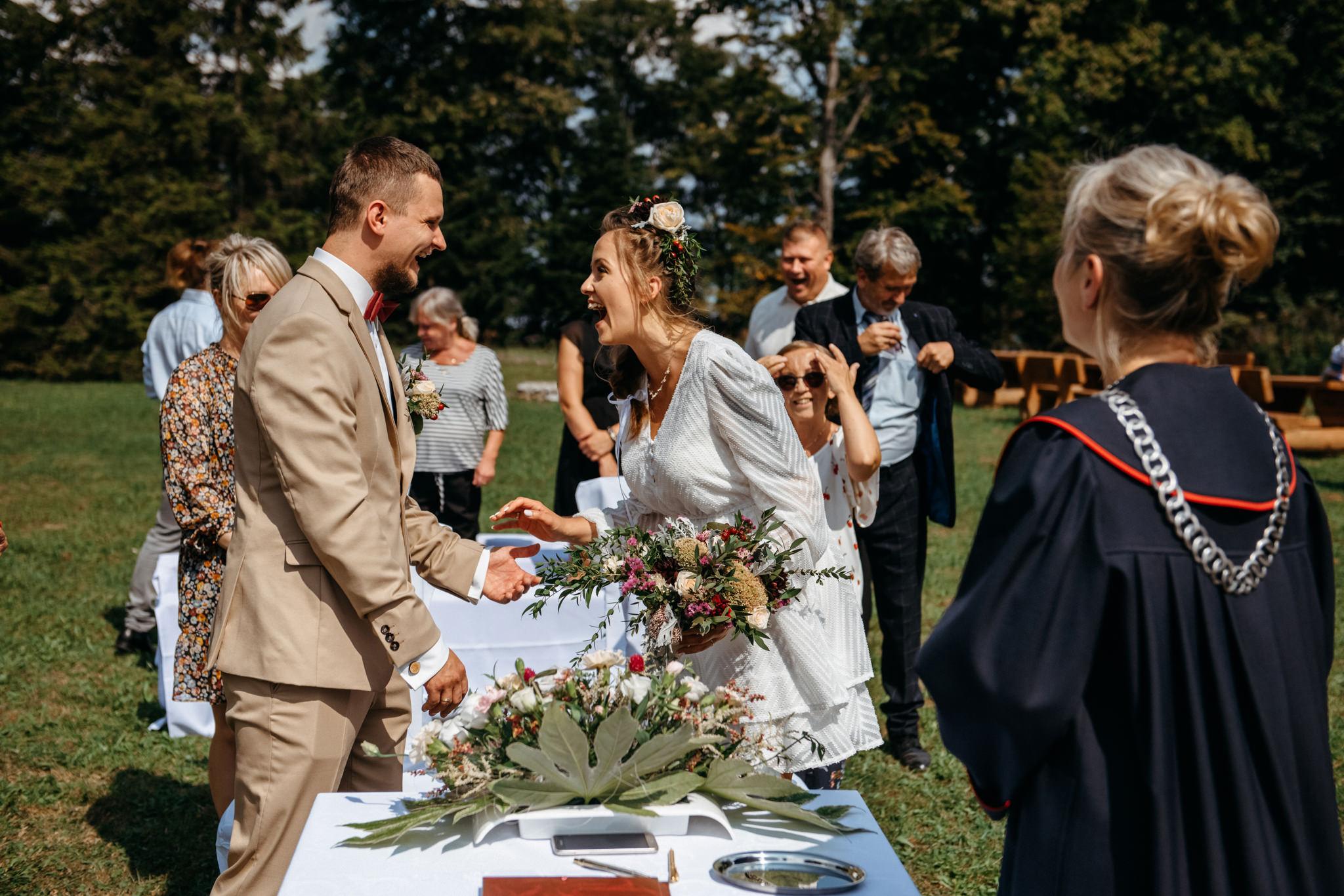 Plenerowy ślub w Bieszczadach | Karolina i Bartosz 27