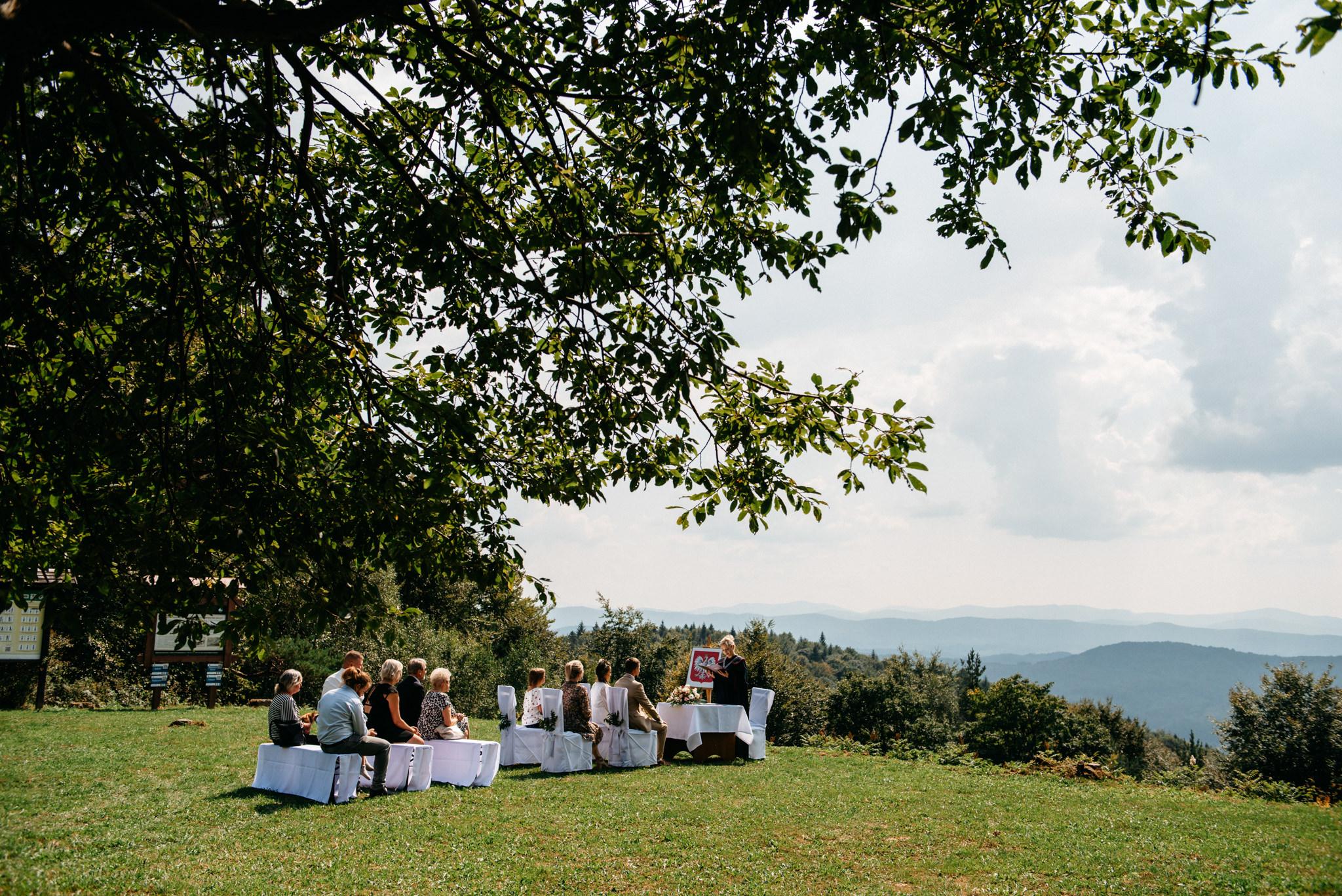 Plenerowy ślub w Bieszczadach | Karolina i Bartosz 28