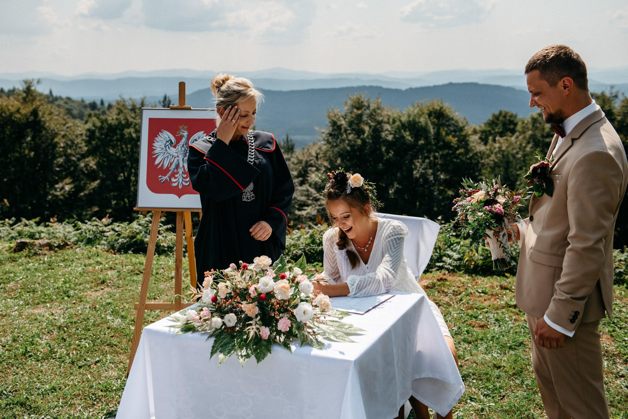 Plenerowy ślub w Bieszczadach | Karolina i Bartosz 29