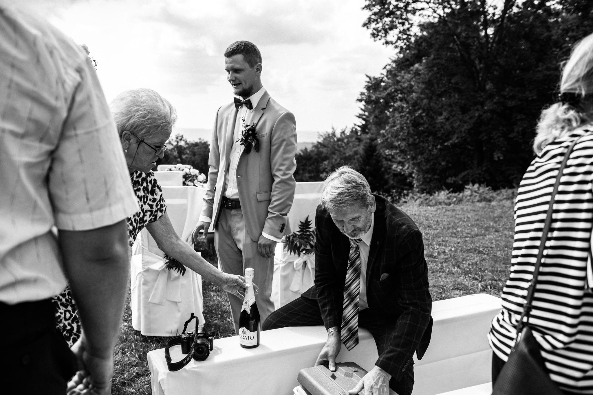 Plenerowy ślub w Bieszczadach | Karolina i Bartosz 35