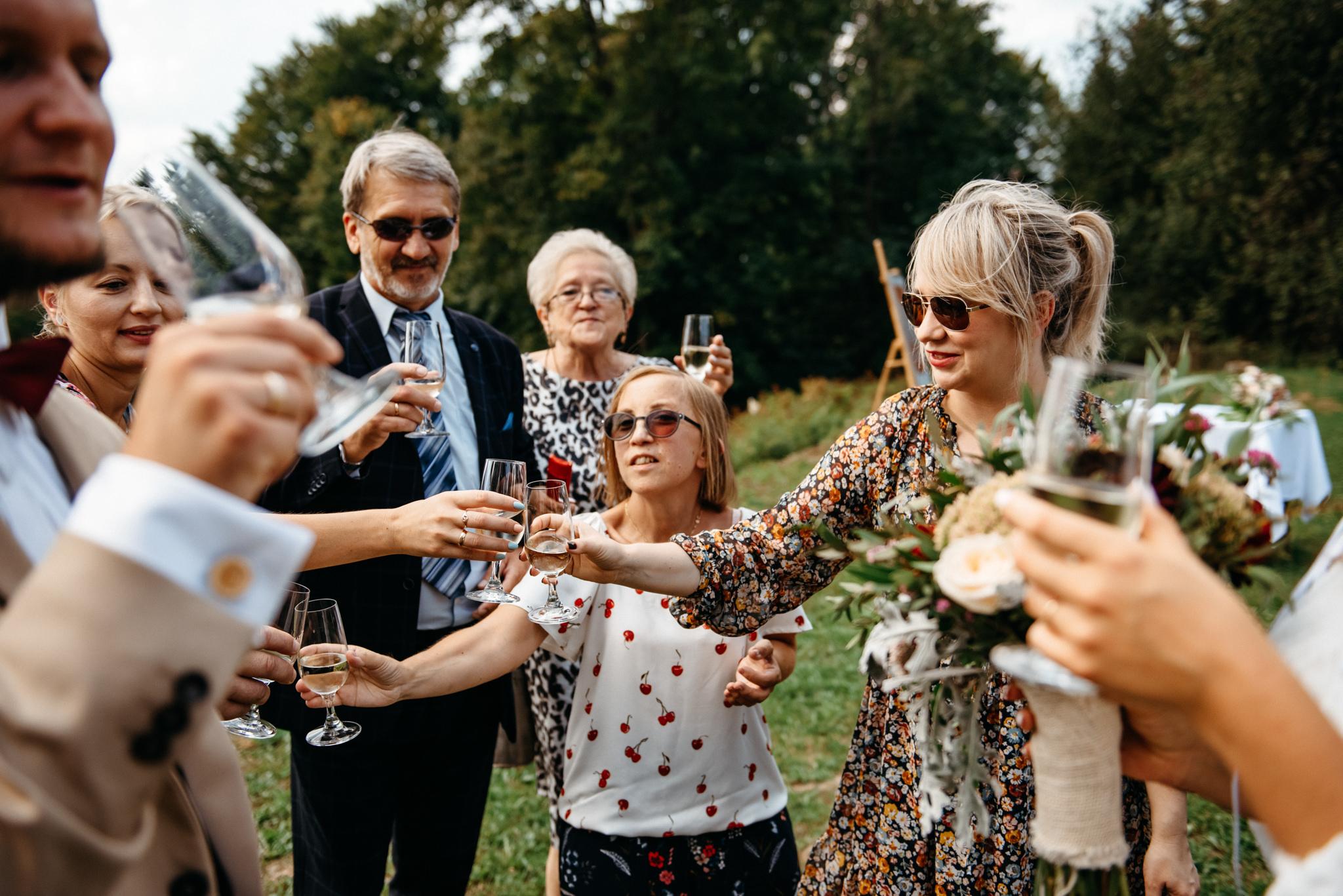 Plenerowy ślub w Bieszczadach | Karolina i Bartosz 37