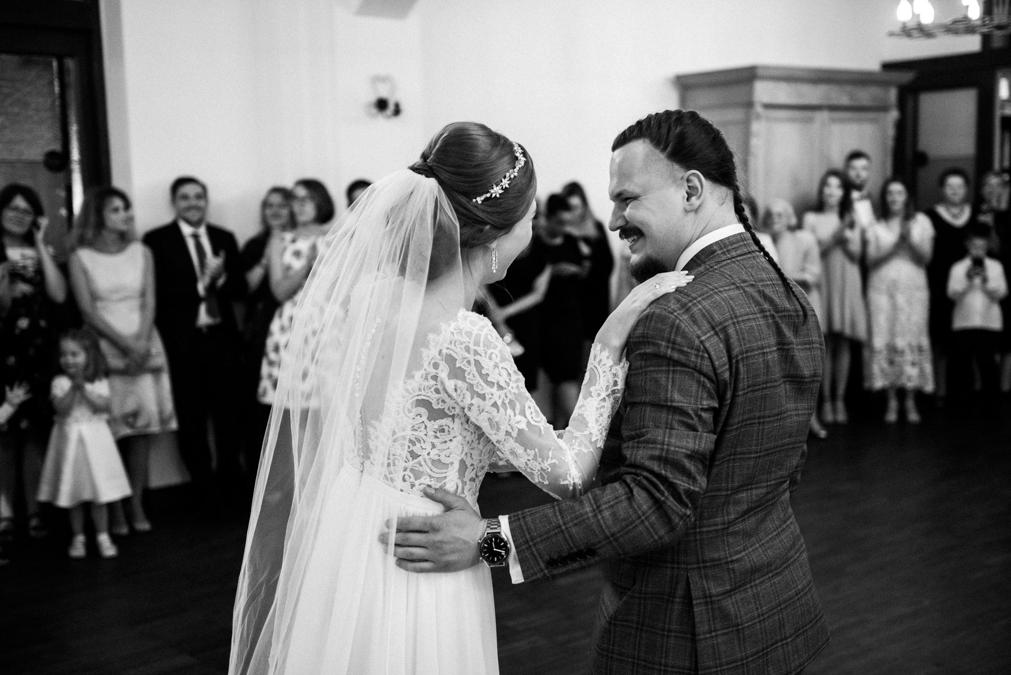 Bieszczadzki ślub Asi i Pawła | Chutor Kozacki w Łukowem 46