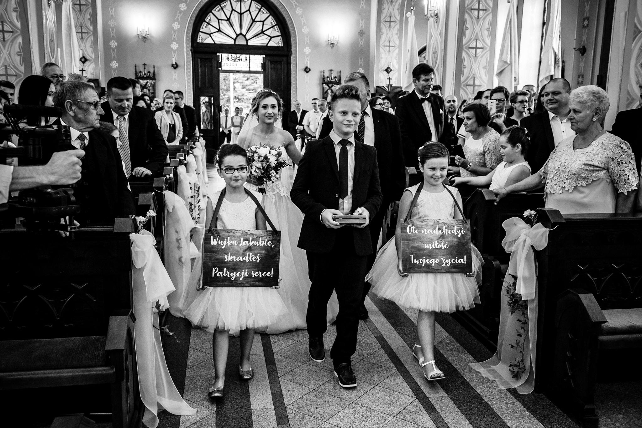 Przyjęcie ślubne Patrycji i Jakuba | Zajazd Pod Lipą 23