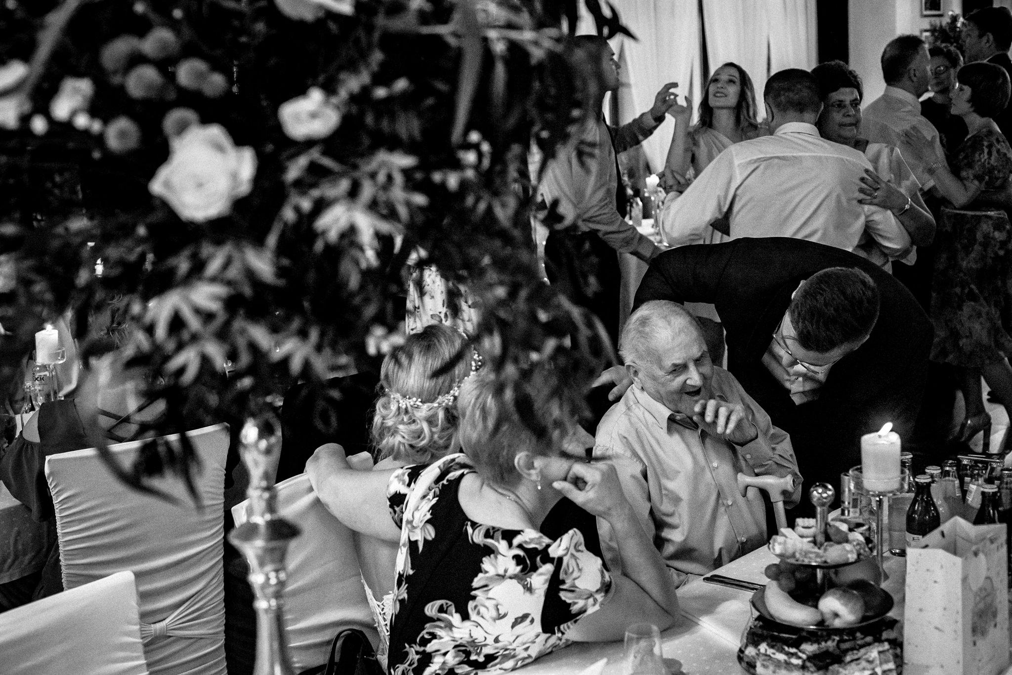Przyjęcie ślubne Patrycji i Jakuba | Zajazd Pod Lipą 60