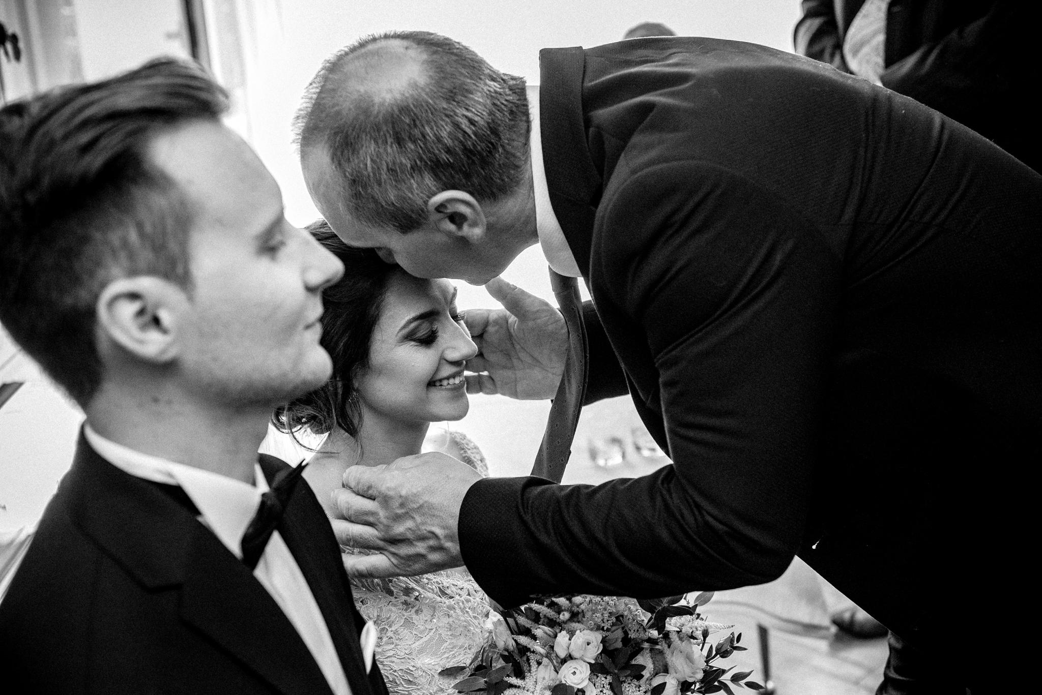 Szczególny ślub Karoliny i Tomka | hotel Forest 23