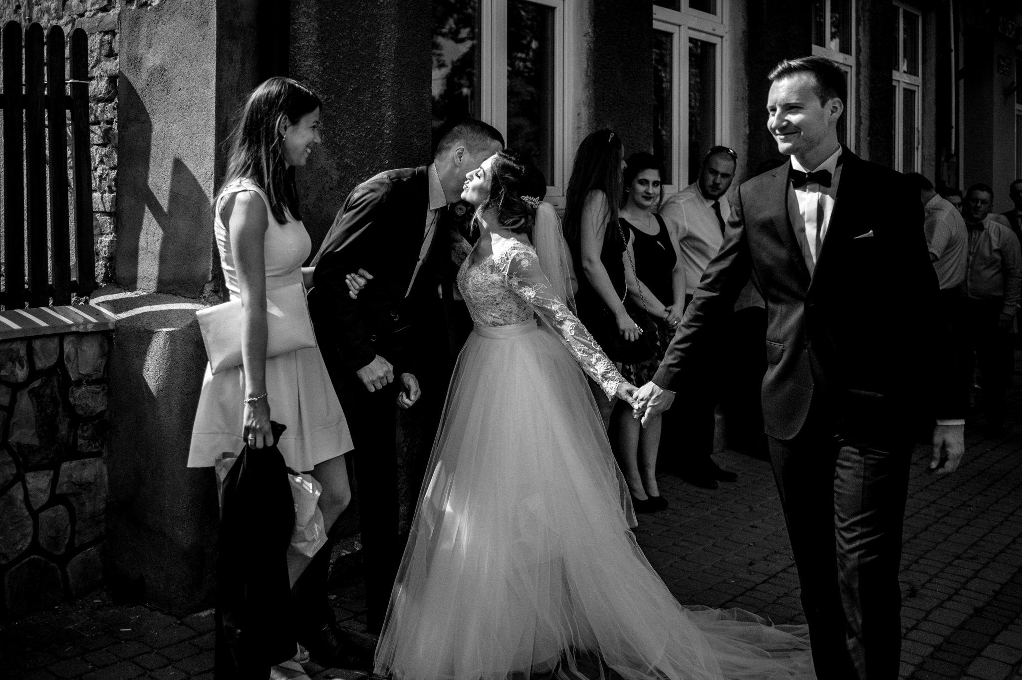 Szczególny ślub Karoliny i Tomka | hotel Forest 28