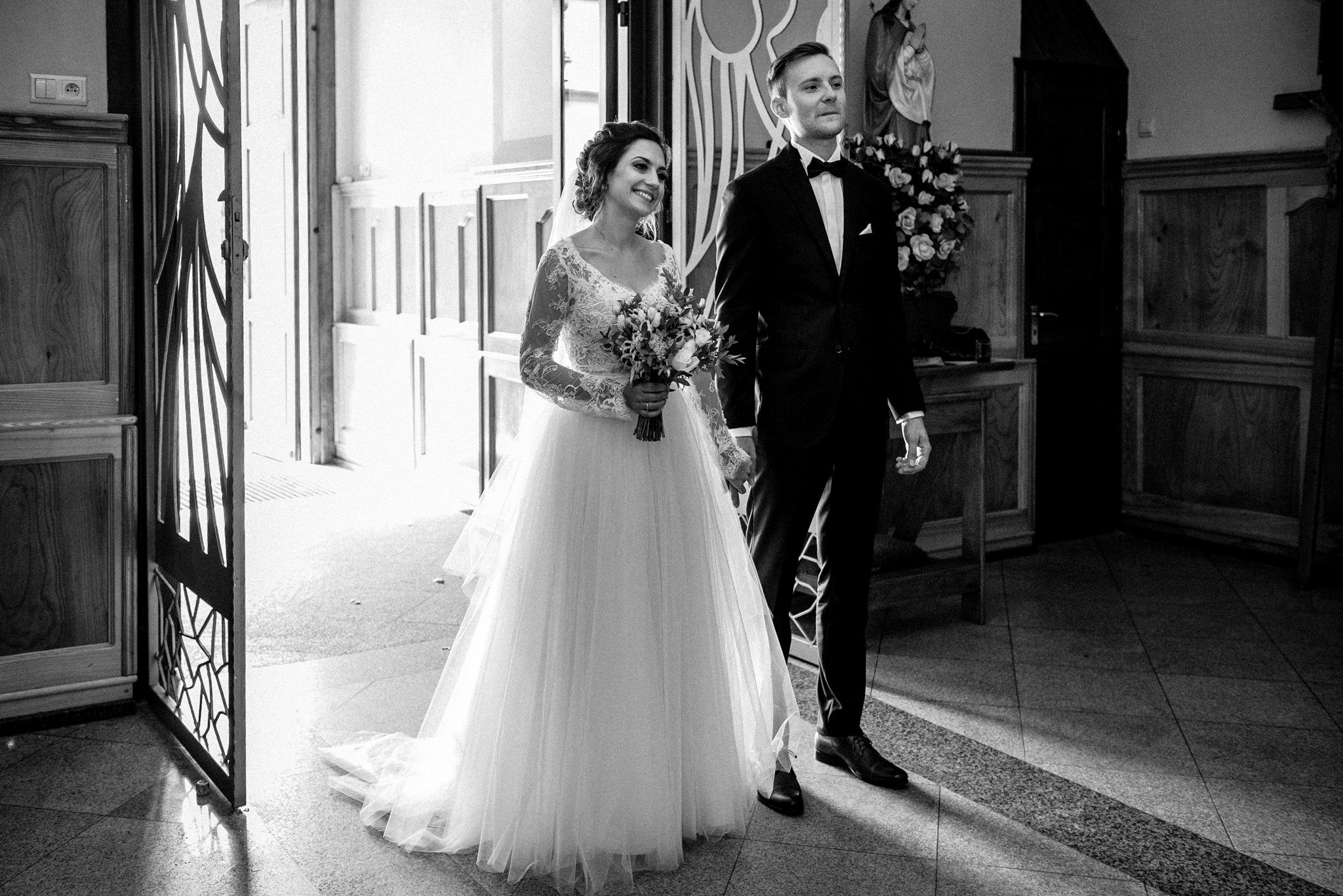 Szczególny ślub Karoliny i Tomka | hotel Forest 31