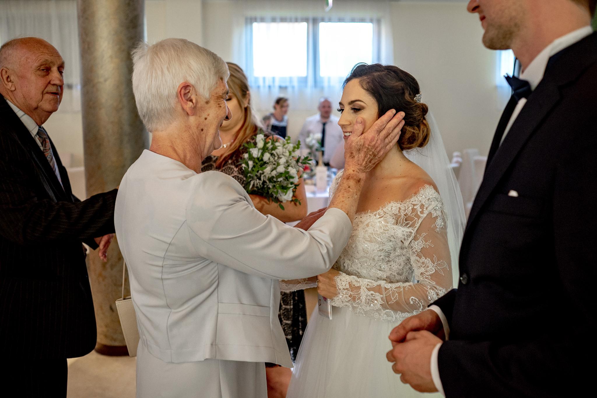 Szczególny ślub Karoliny i Tomka | hotel Forest 45