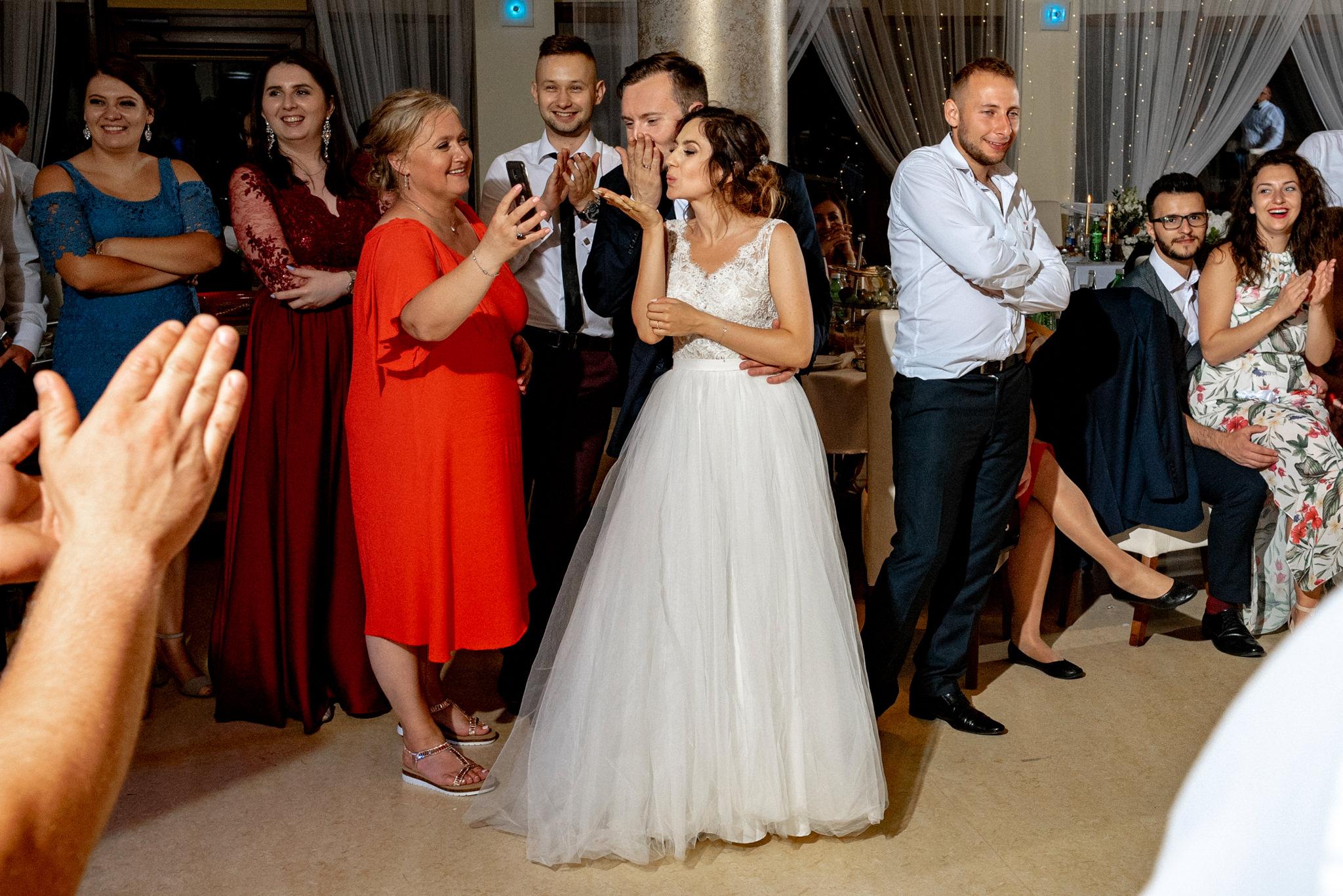 Szczególny ślub Karoliny i Tomka | hotel Forest 77