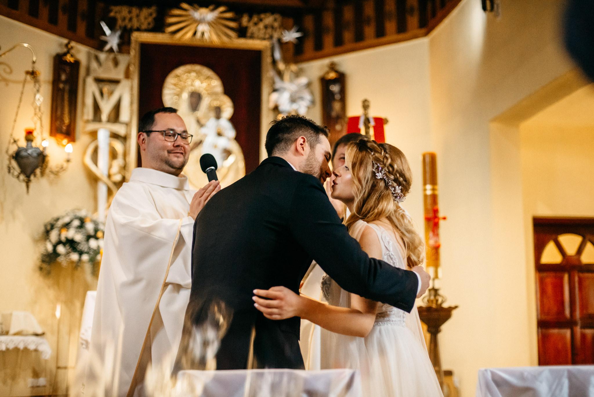 Plenerowe wesele w namiocie Ani i Maćka   Pałac w Olszanicy 35