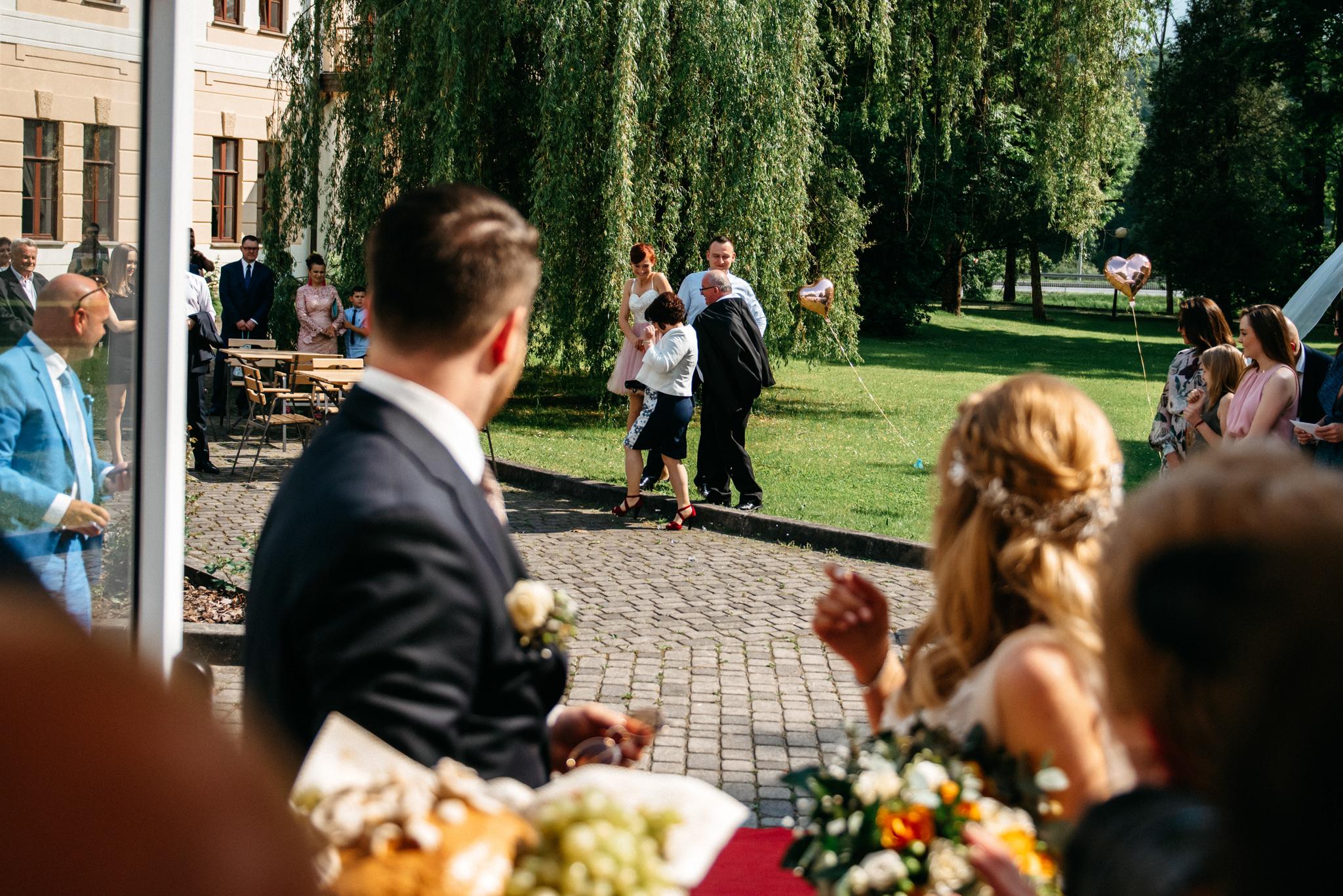 Plenerowe wesele w namiocie Ani i Maćka   Pałac w Olszanicy 53