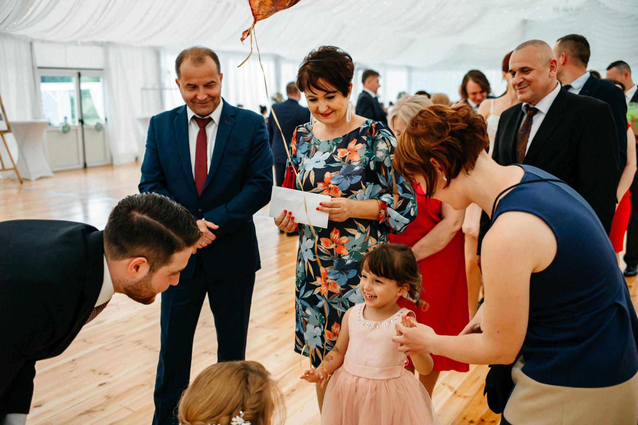 Plenerowe wesele w namiocie Ani i Maćka   Pałac w Olszanicy 63