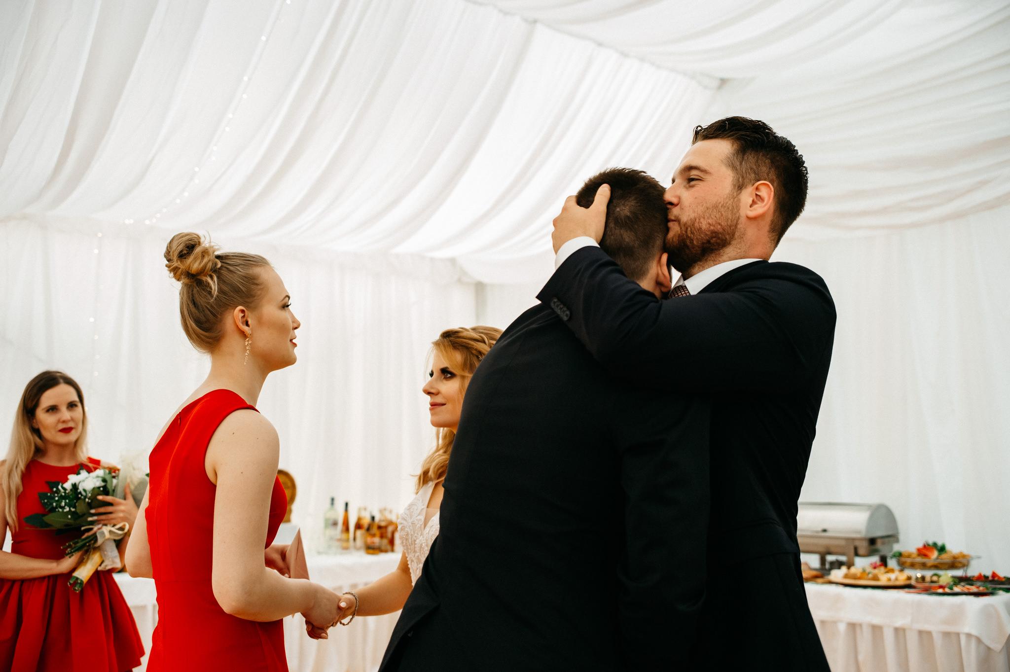 Plenerowe wesele w namiocie Ani i Maćka   Pałac w Olszanicy 64