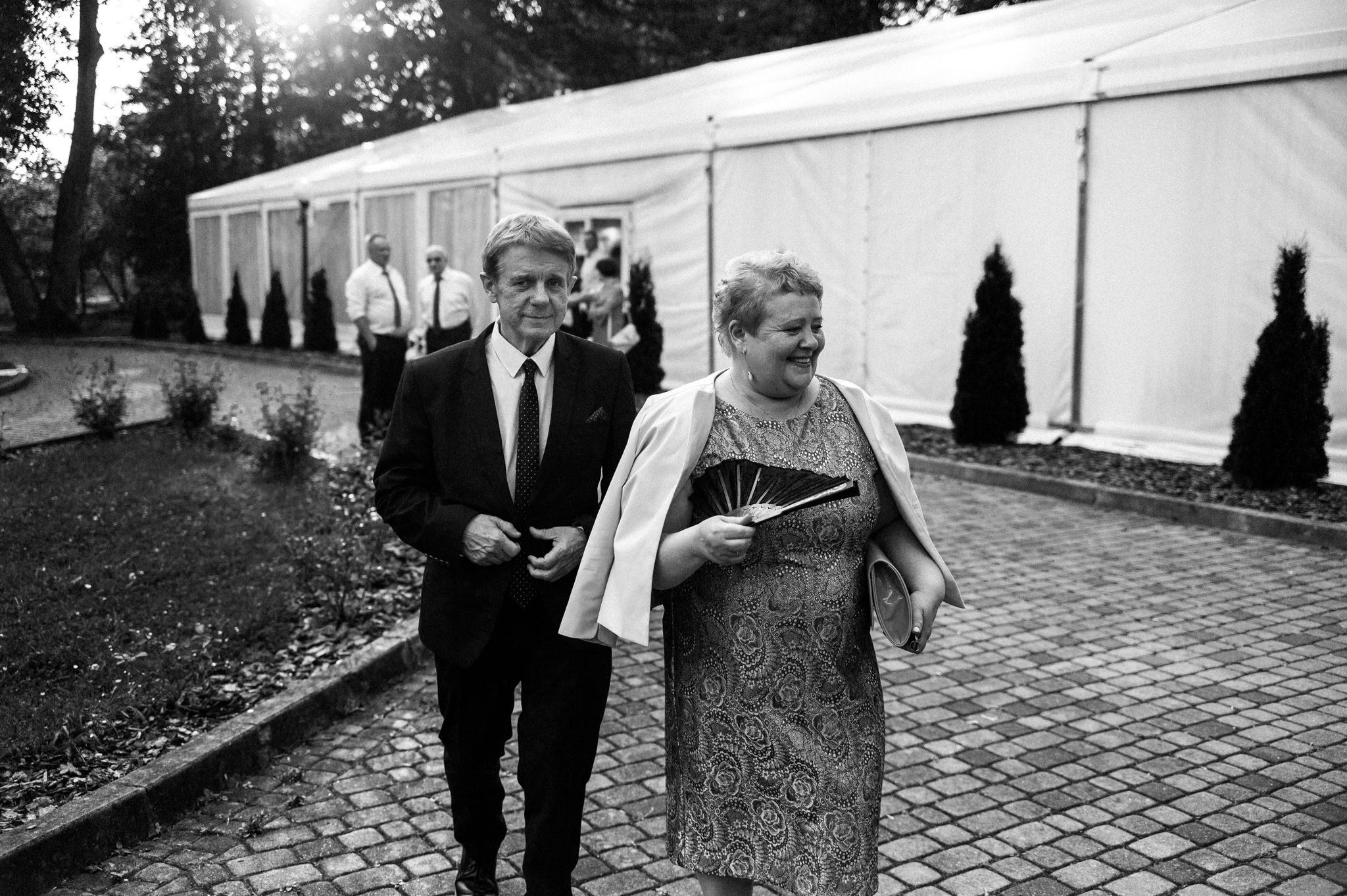 Plenerowe wesele w namiocie Ani i Maćka   Pałac w Olszanicy 72
