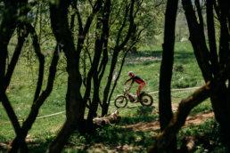 Radek-Kazmierczak-Gesi-zakret-zawody-trial-2020-wiosna-16 15