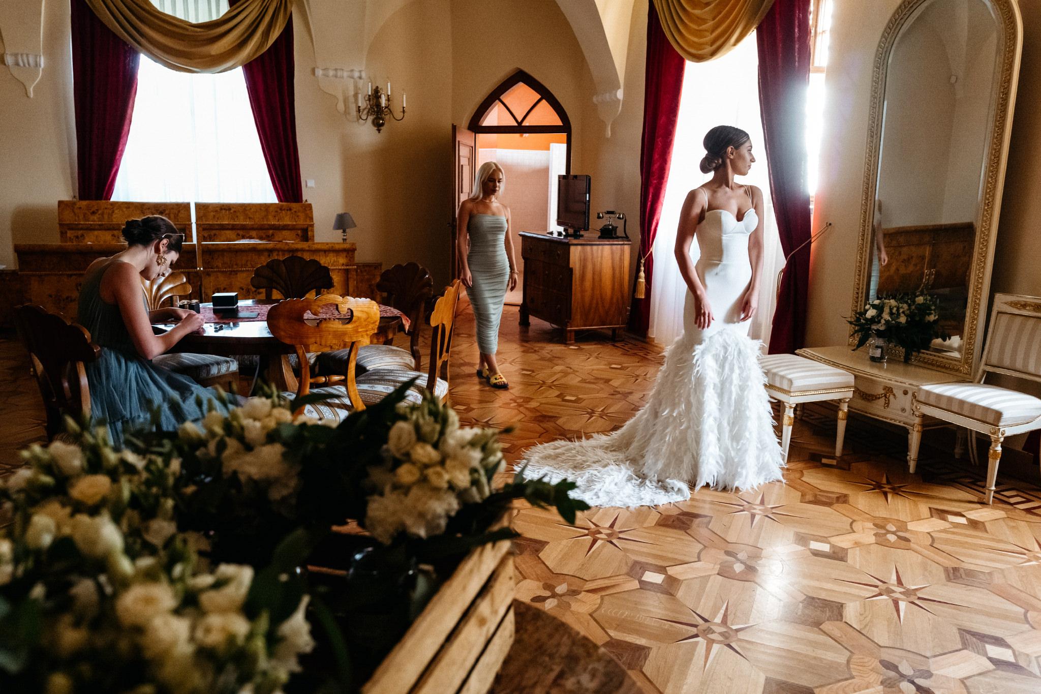 Plenerowy ślub na Zamku w Baranowie Sandomierskim 44