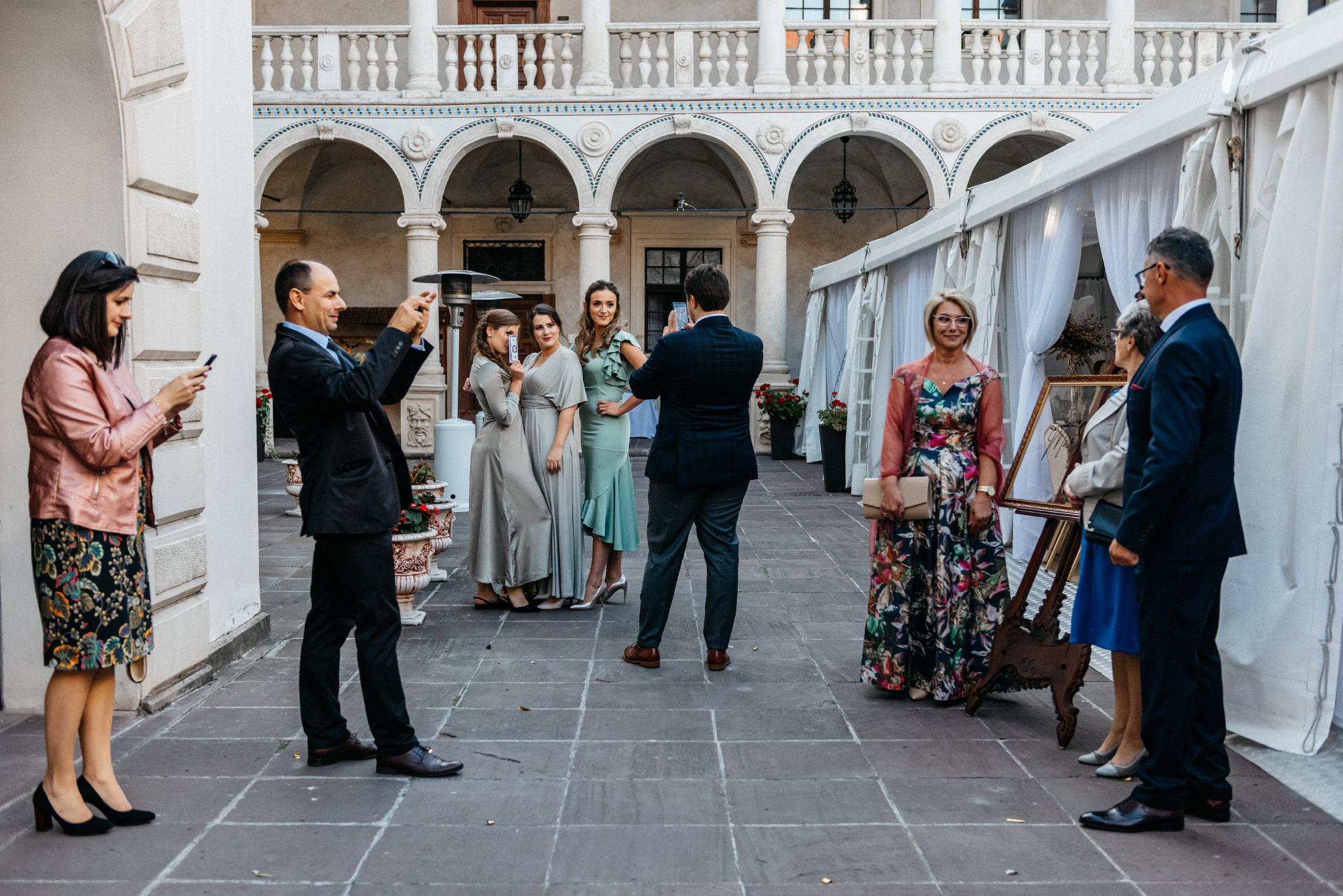 Plenerowy ślub na Zamku w Baranowie Sandomierskim 124