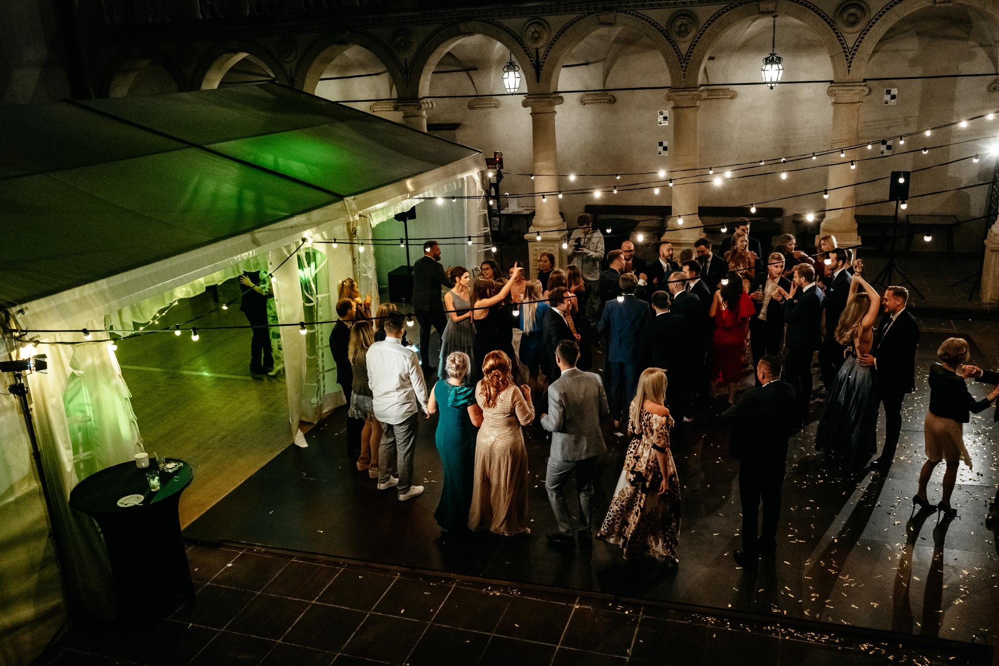 Plenerowy ślub na Zamku w Baranowie Sandomierskim 150