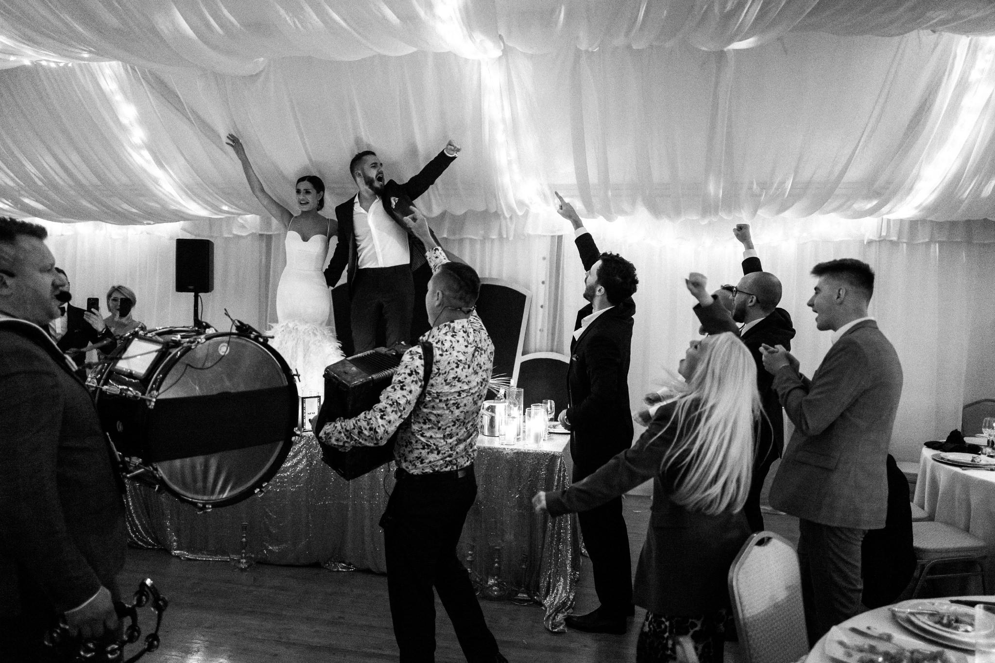 Plenerowy ślub na Zamku w Baranowie Sandomierskim 196