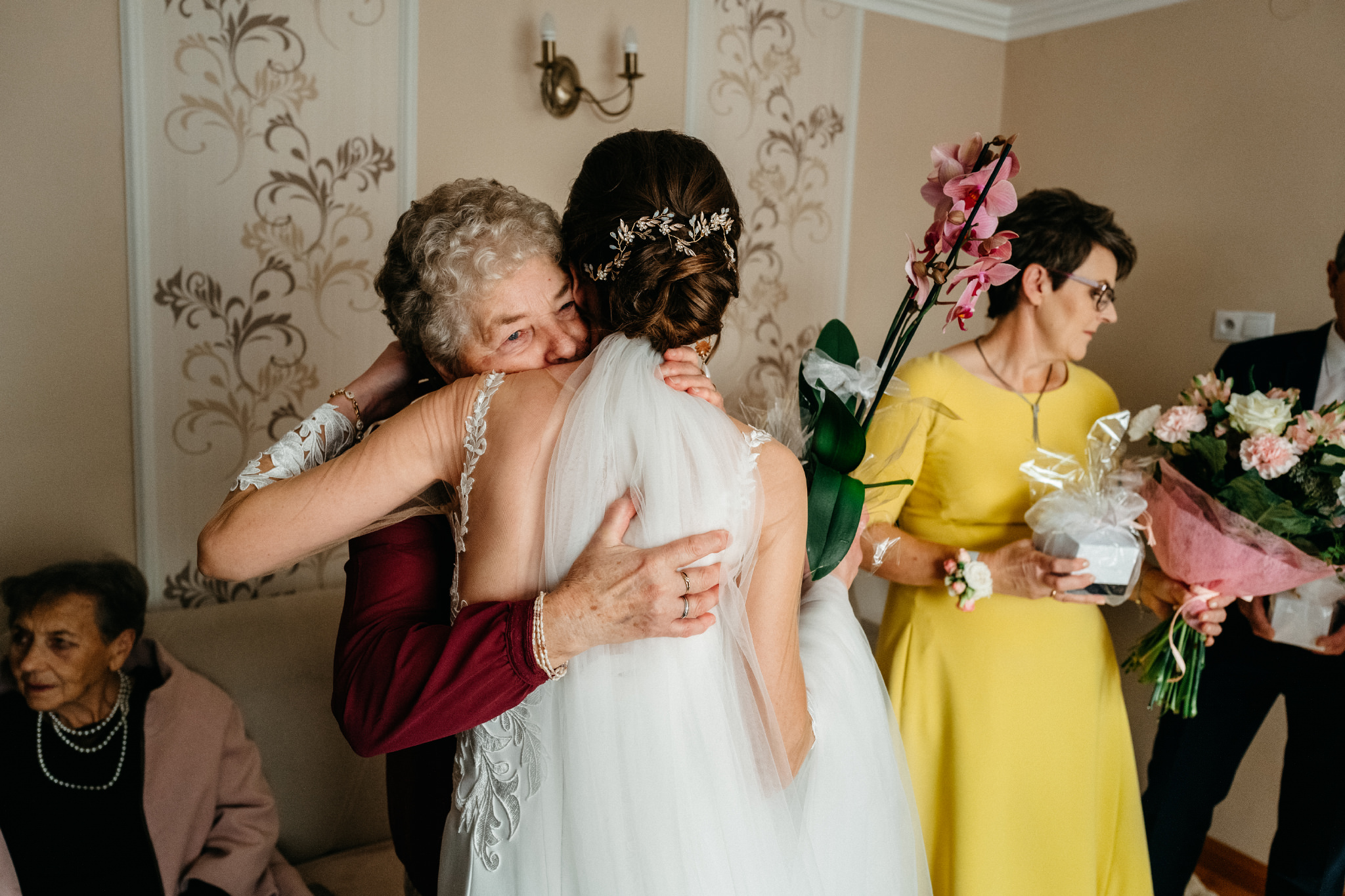 Jeden czy dwóch fotografów na ślub? | Wesele w Dworku Krościenko Wyżne 12