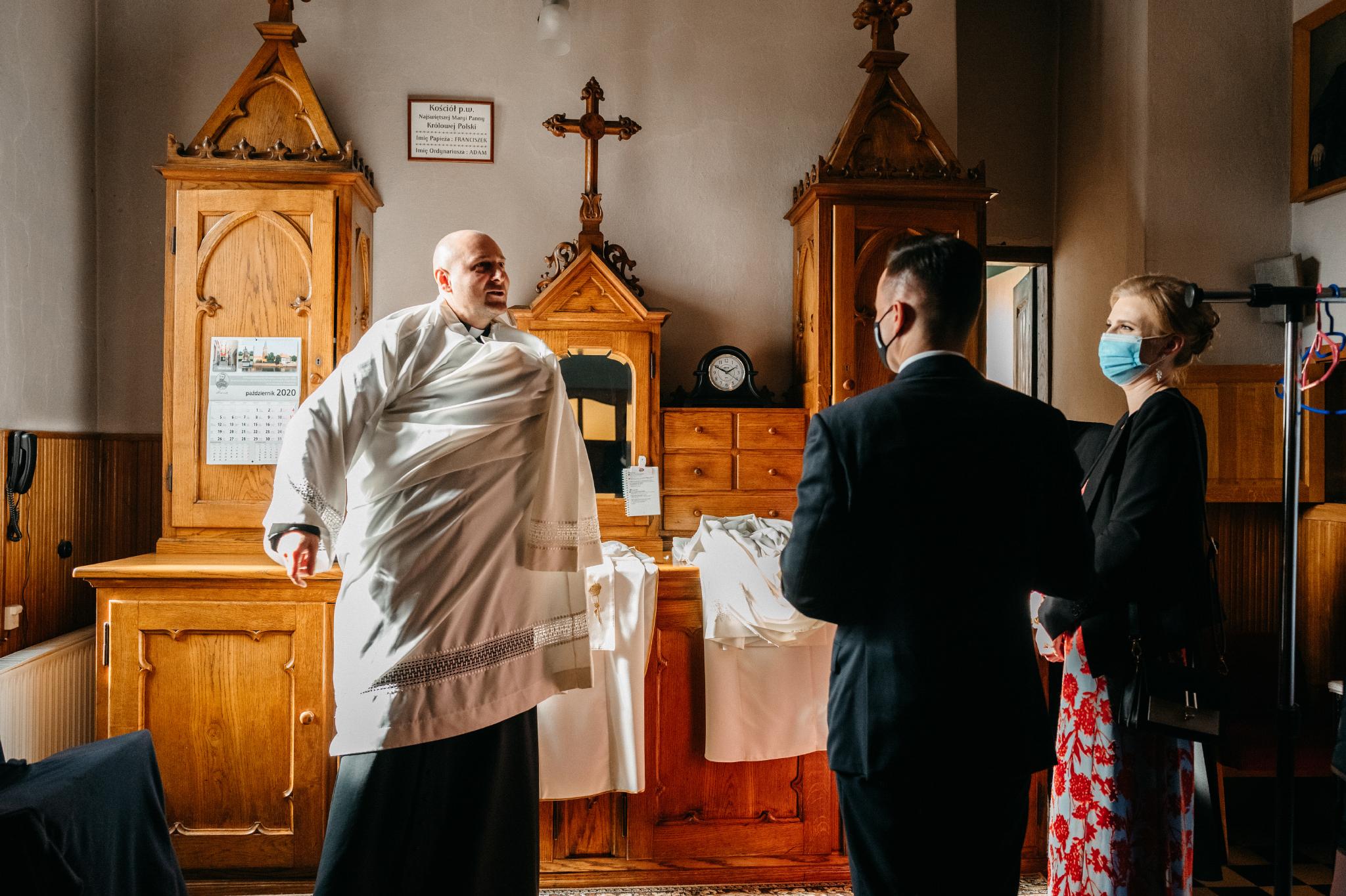 Jeden czy dwóch fotografów na ślub? | Wesele w Dworku Krościenko Wyżne 15