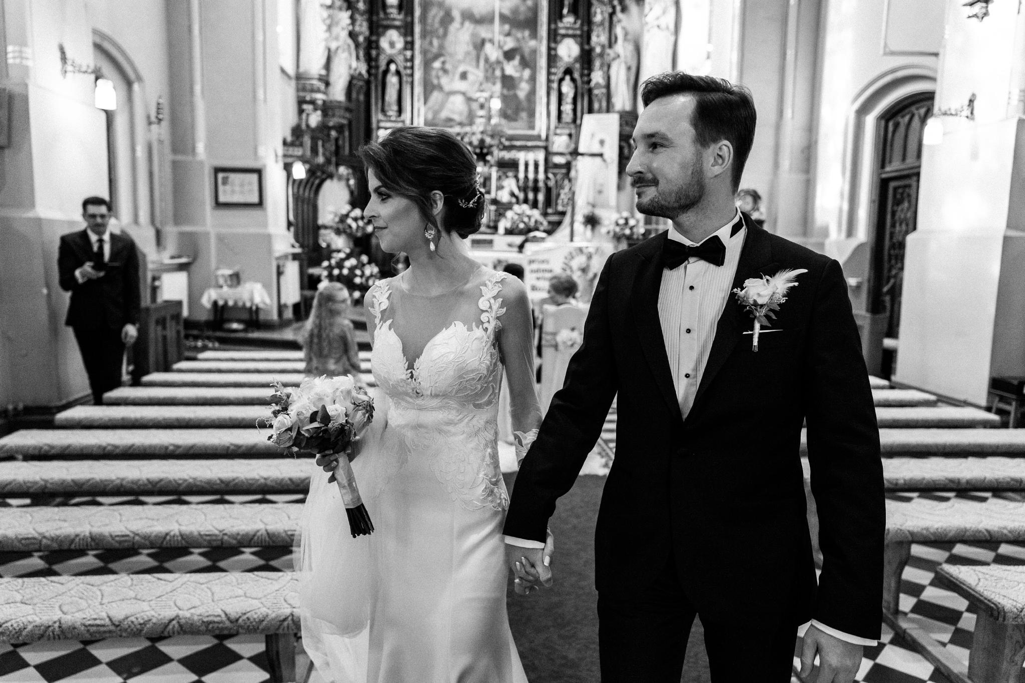 Jeden czy dwóch fotografów na ślub? | Wesele w Dworku Krościenko Wyżne 22