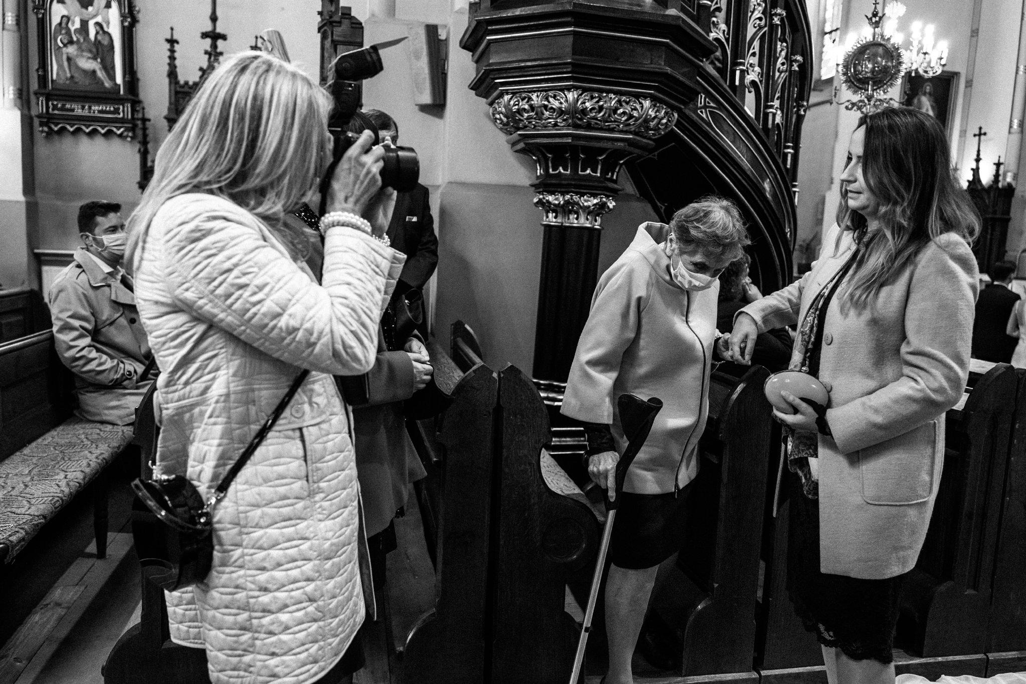 Jeden czy dwóch fotografów na ślub? | Wesele w Dworku Krościenko Wyżne 23