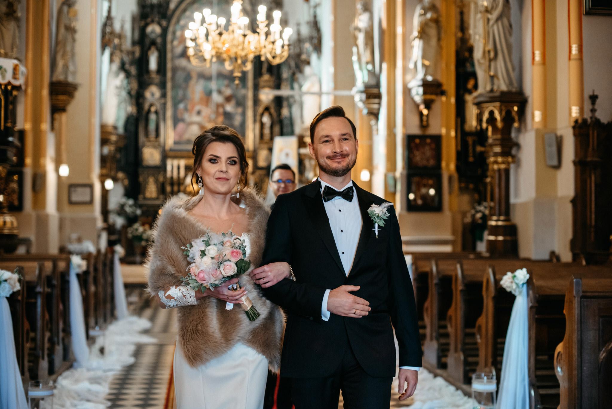 Jeden czy dwóch fotografów na ślub? | Wesele w Dworku Krościenko Wyżne 26